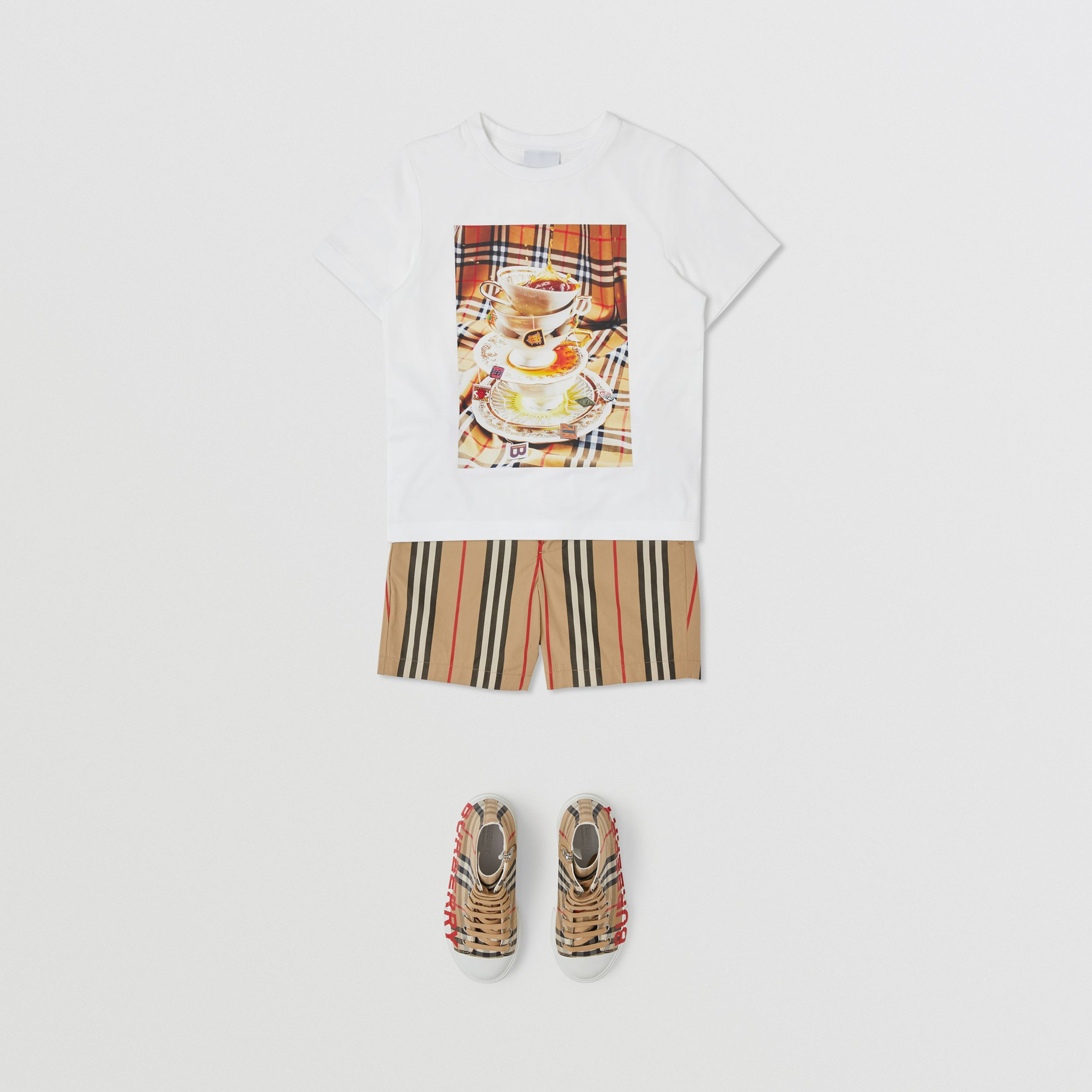 Teacup Print T-shirt in Multicolour | Burberry - 4