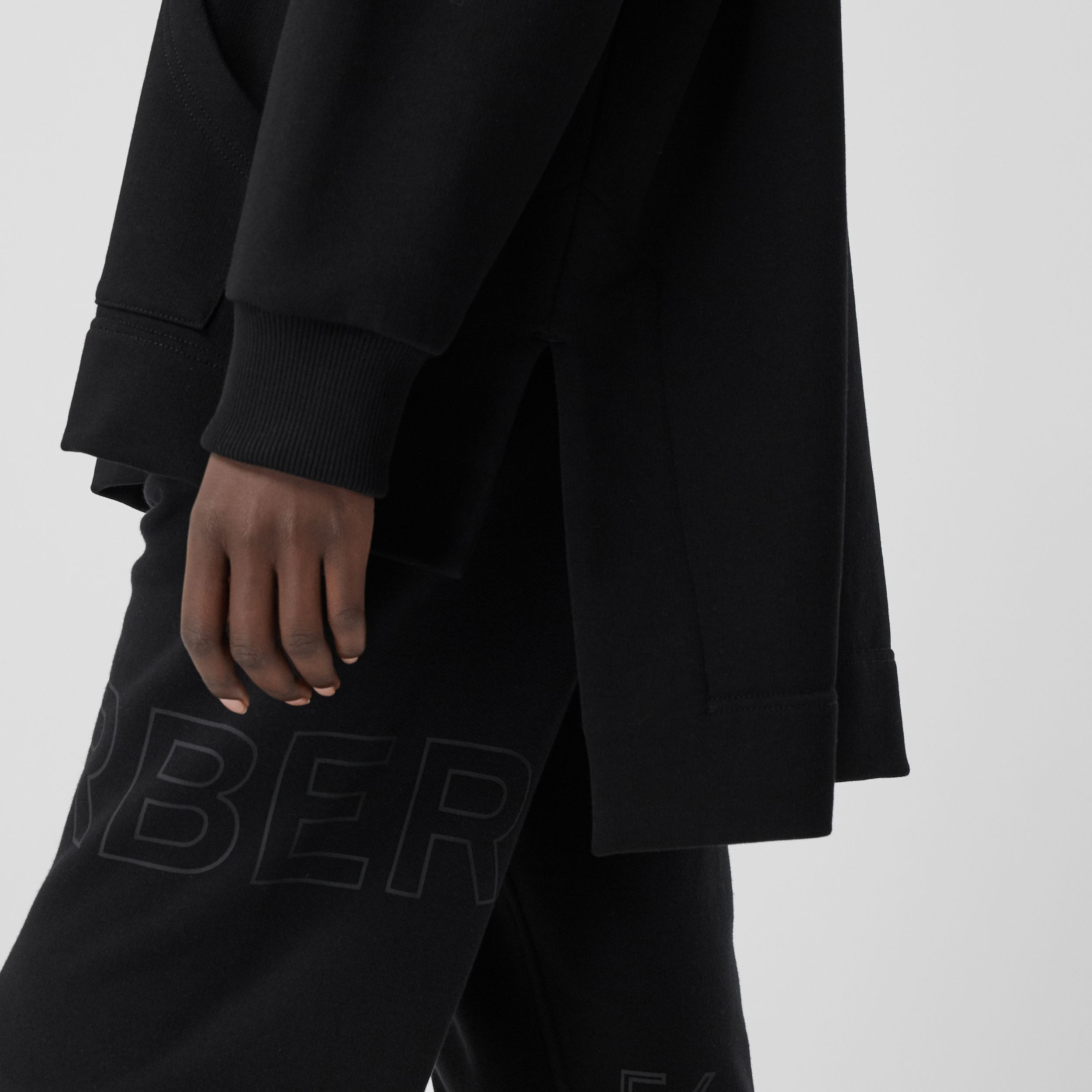 Stepped Hem Organic Cotton Oversized Hoodie in Black - Women | Burberry United Kingdom - 4