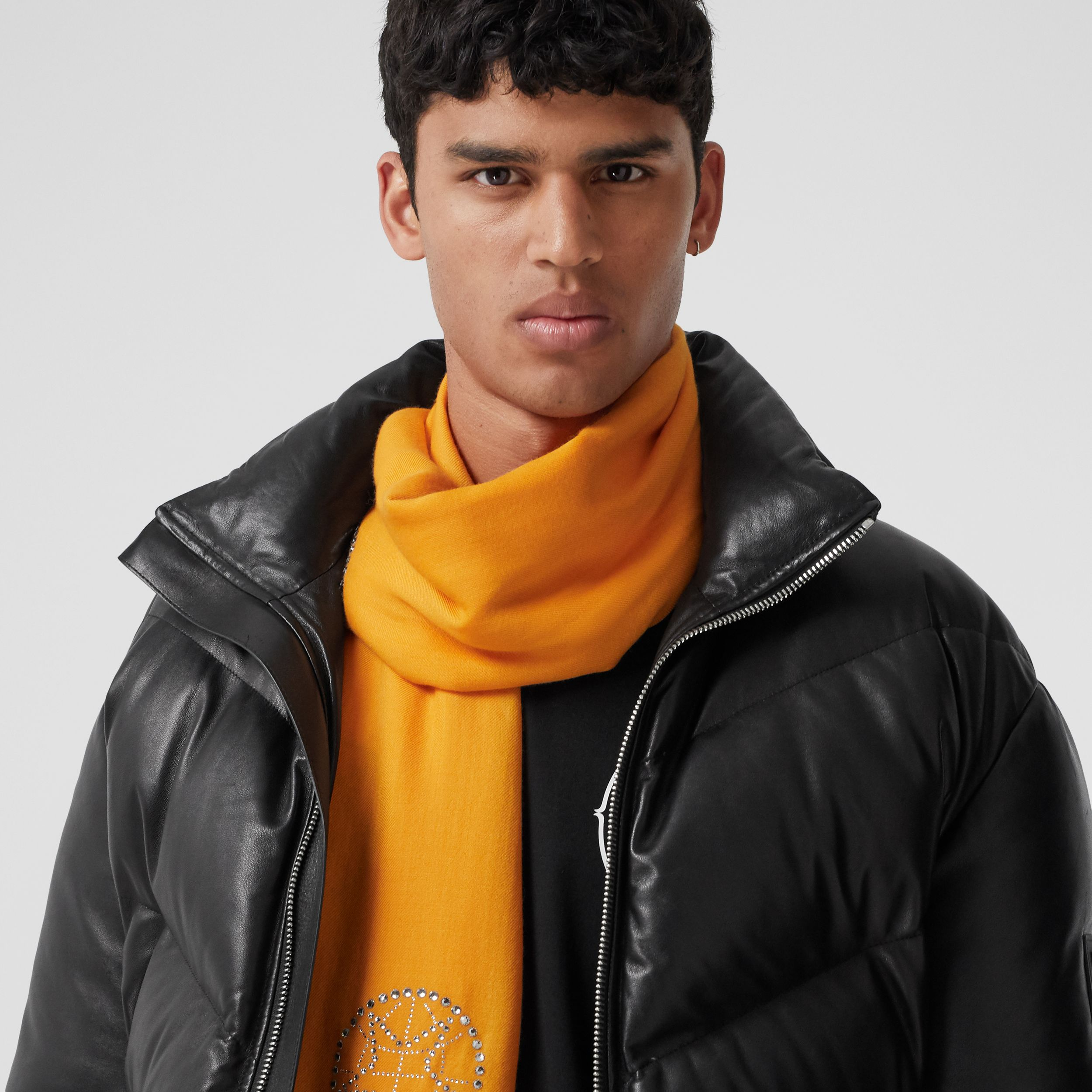 Crystal Globe Graphic Lightweight Cashmere Scarf in Citrus Orange | Burberry - 4