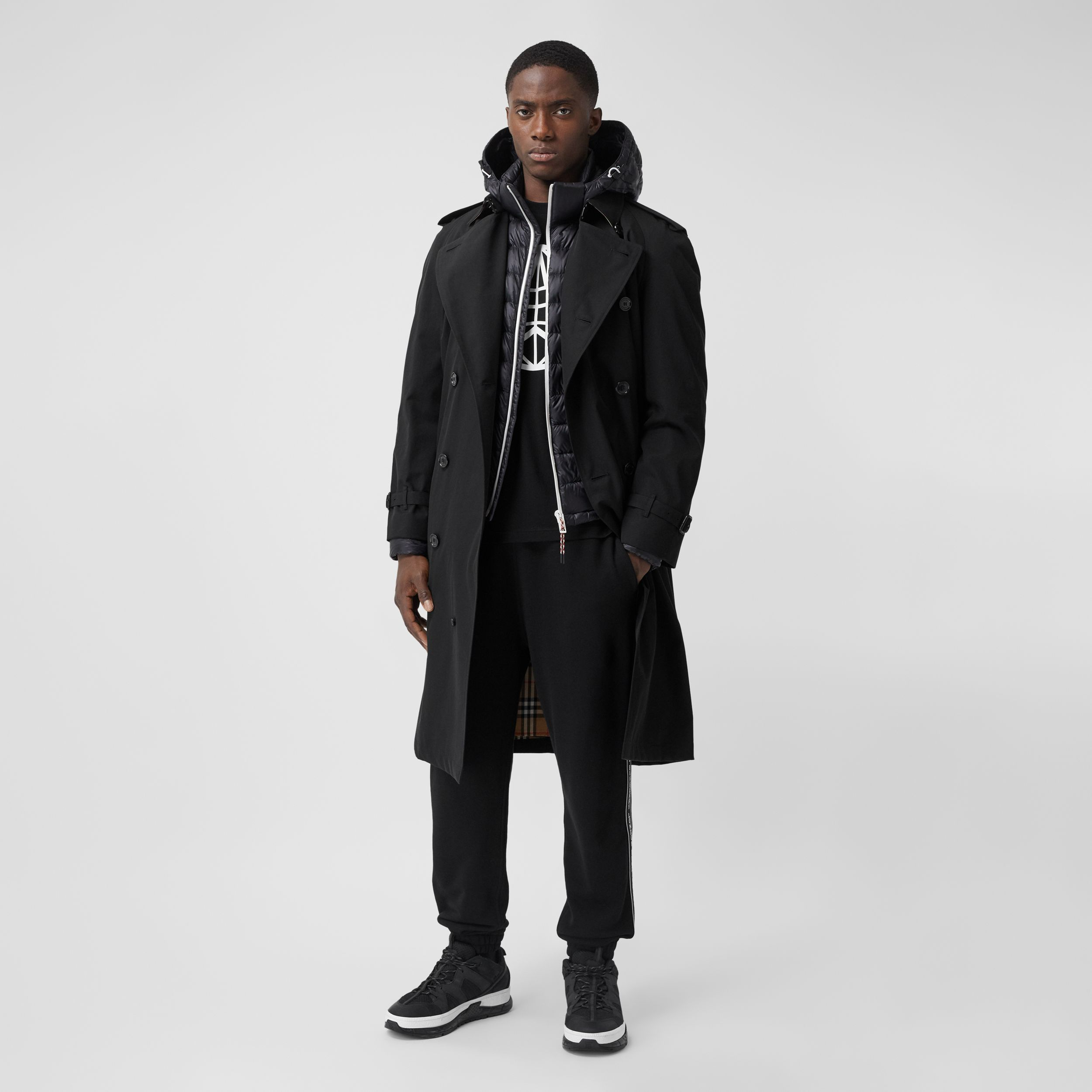 The Westminster Heritage Trench Coat in Black - Men | Burberry - 1