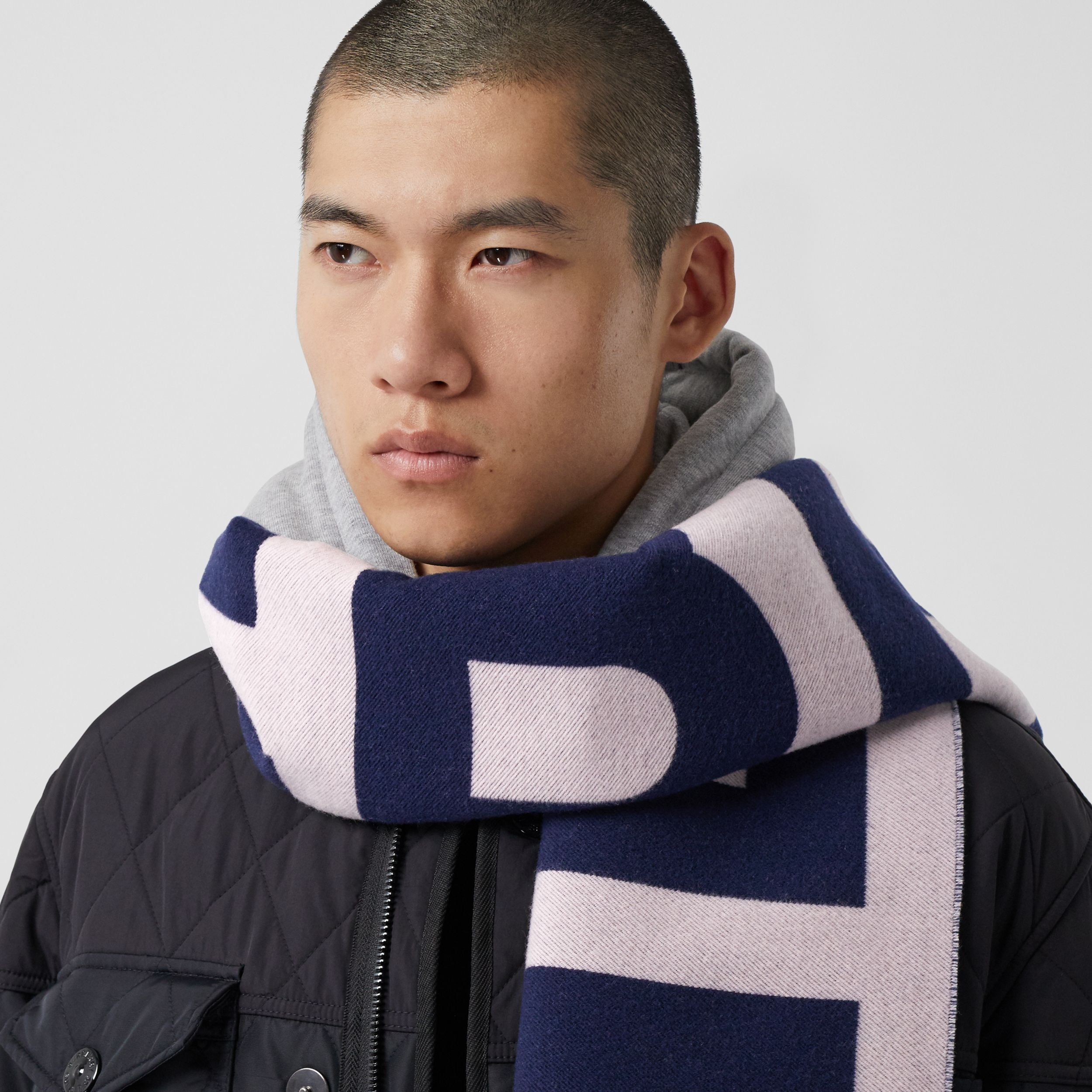 Logo Wool Jacquard Scarf in Navy | Burberry - 4
