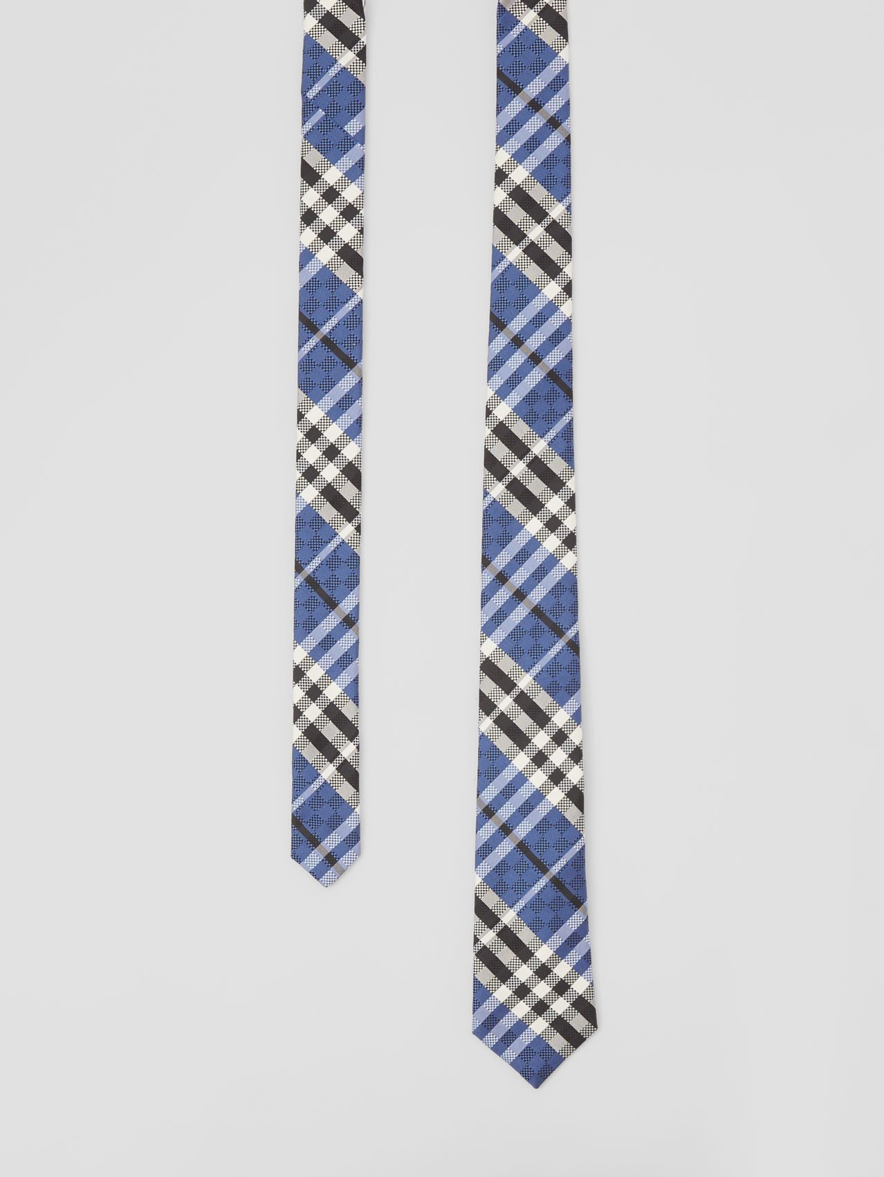 Modern Cut Check Silk Jacquard Tie in Ink Navy