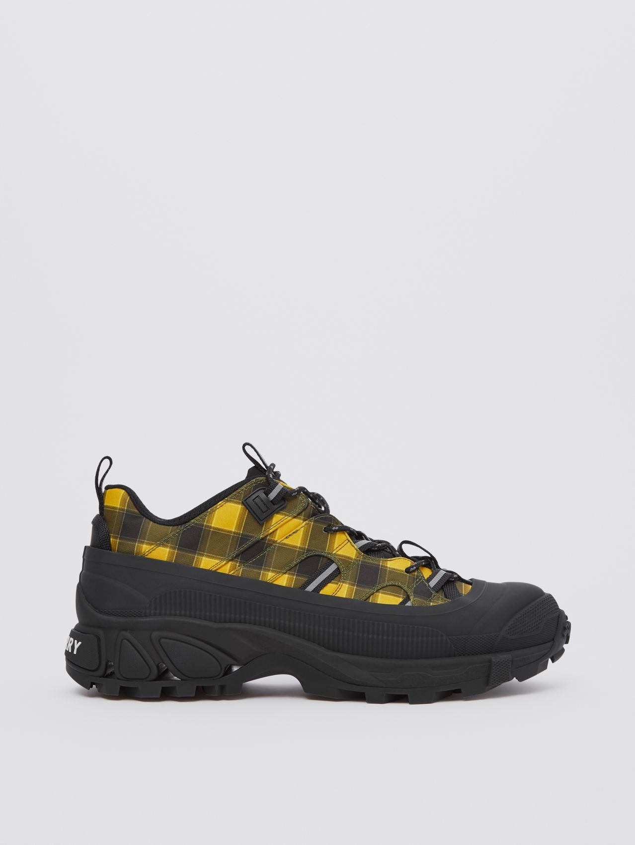 Check Technical Arthur Sneakers in Yellow