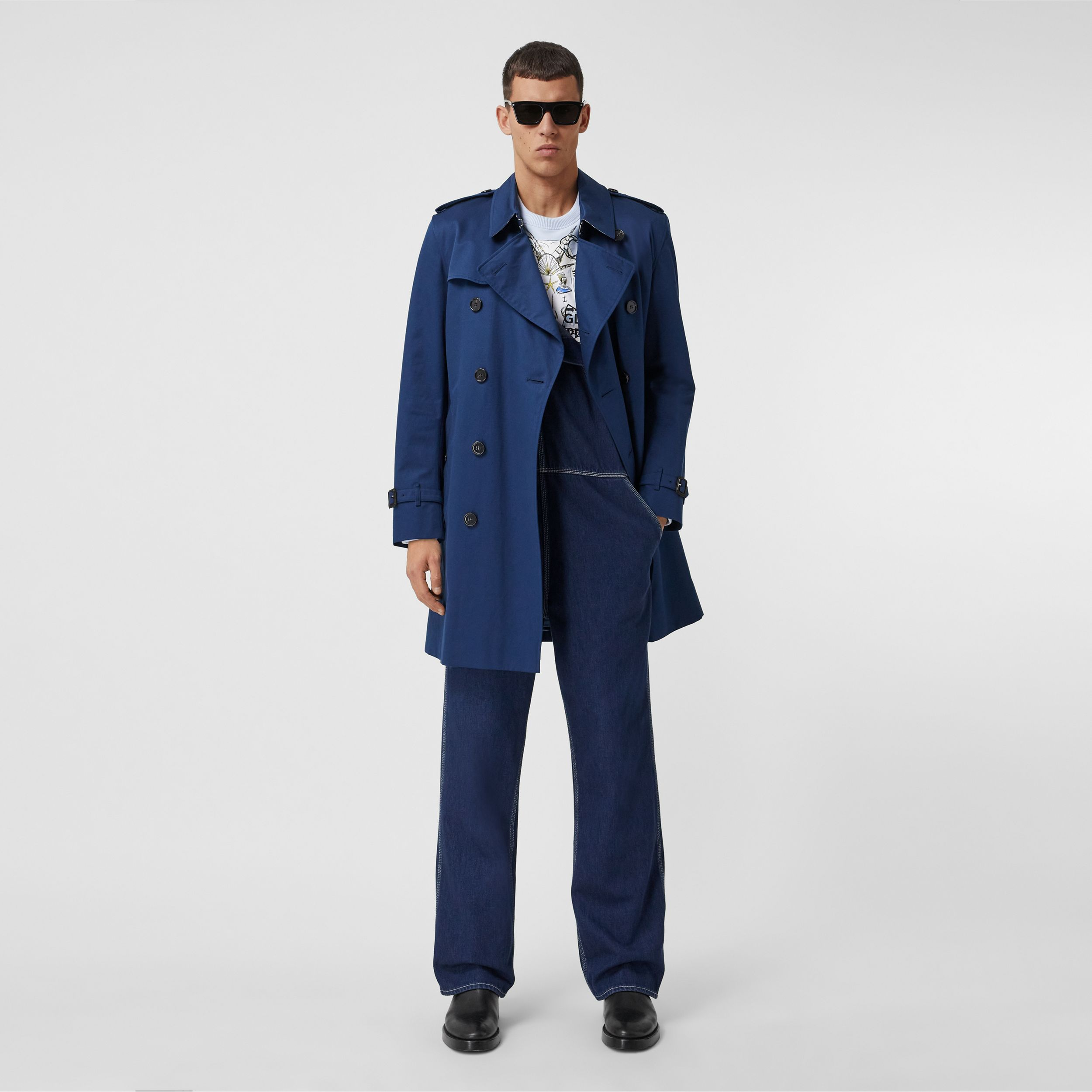 The Mid-length Kensington Trench Coat in Ink Blue - Men | Burberry - 1