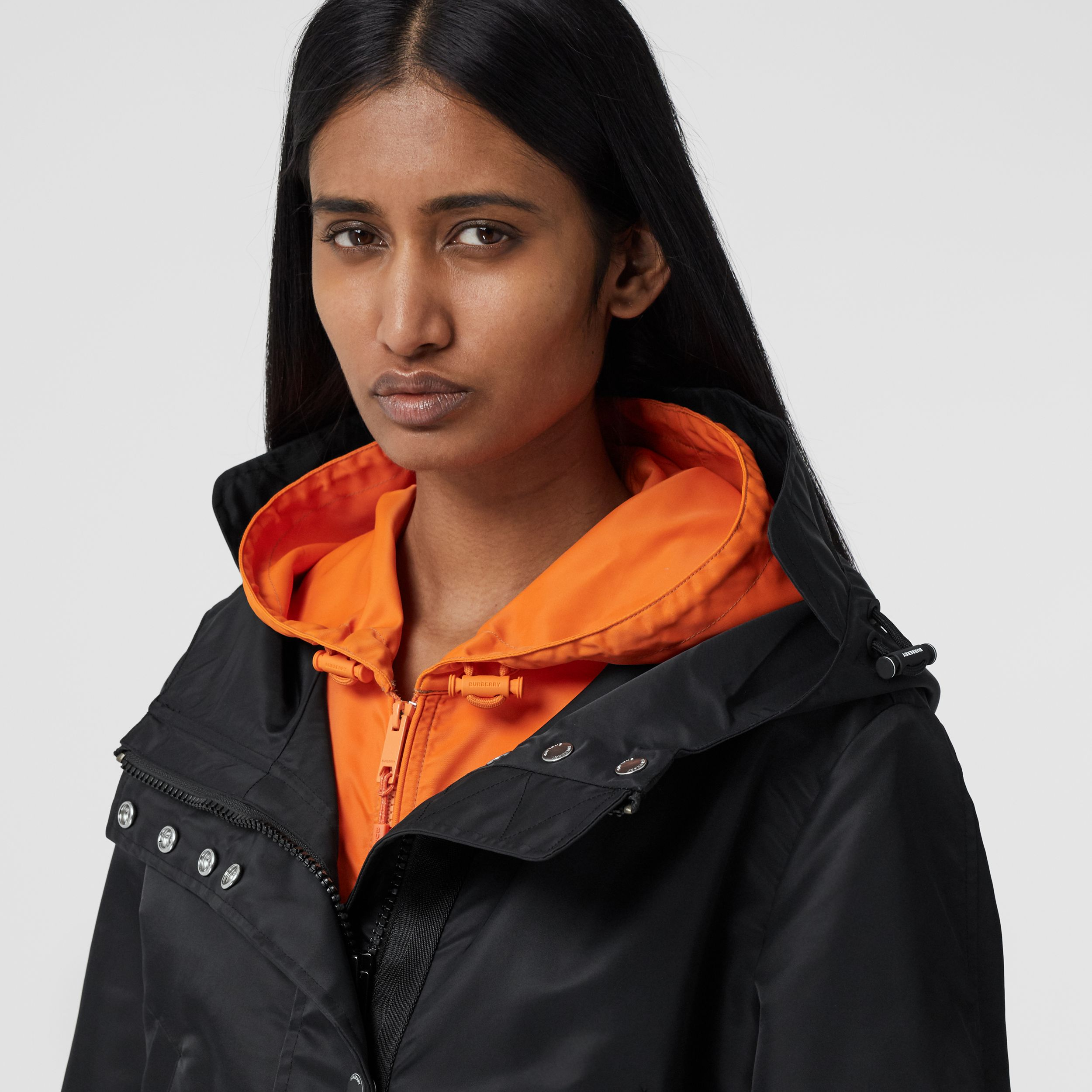 Horseferry Print Recycled Nylon Parka in Black - Women | Burberry - 2