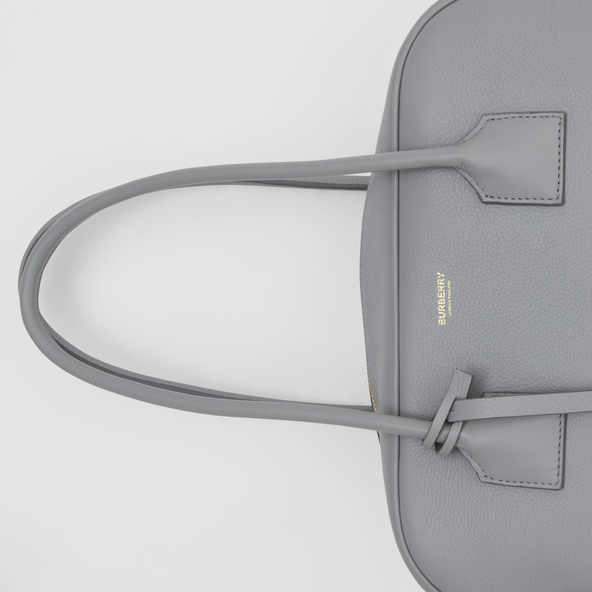 Medium Leather Half Cube Bag in Cloud Grey - Women | Burberry Hong Kong S.A.R. - 2