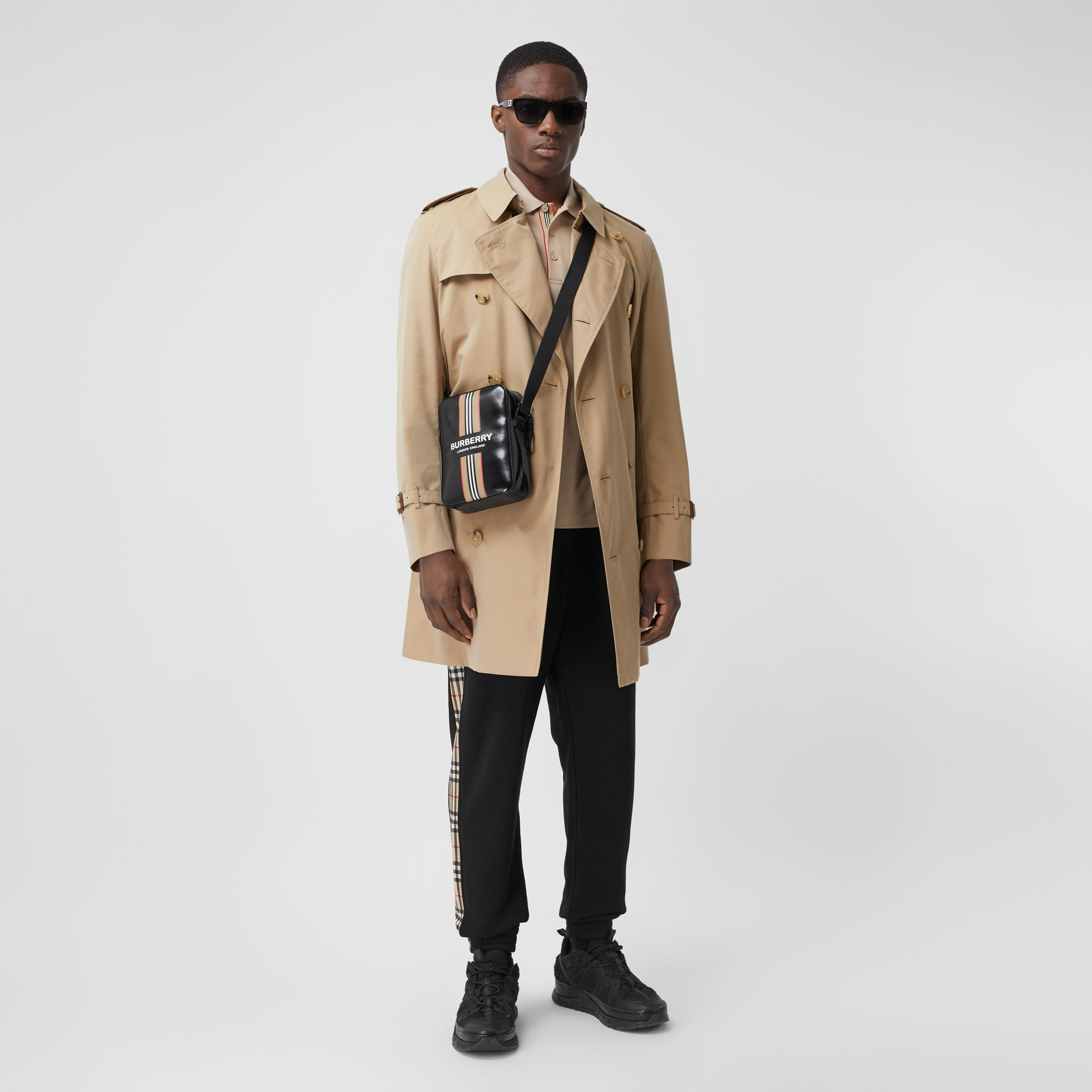 The Mid-length Chelsea Heritage Trench Coat in Honey - Men | Burberry - 1