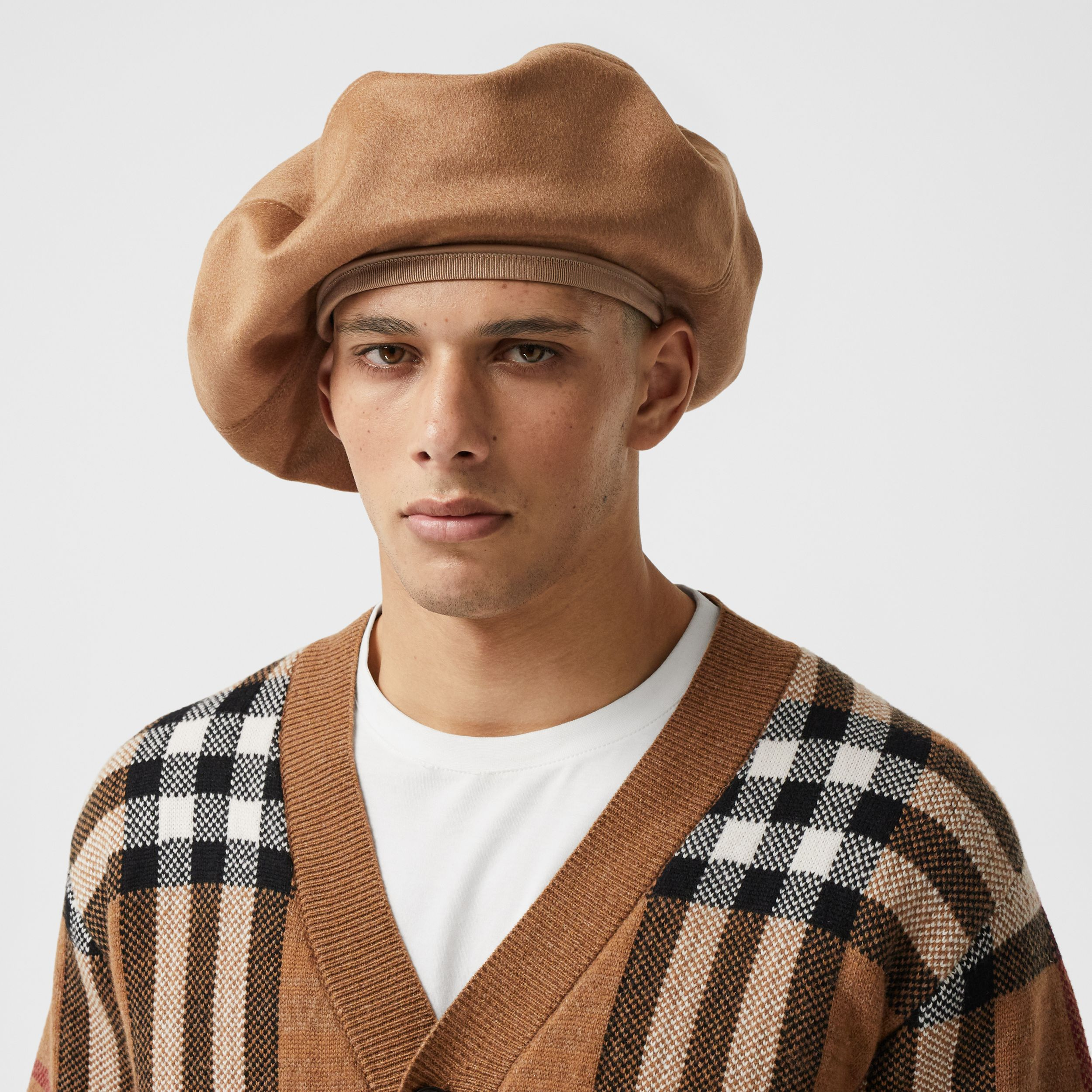Cashmere Oversized Beret in Bronze | Burberry - 4