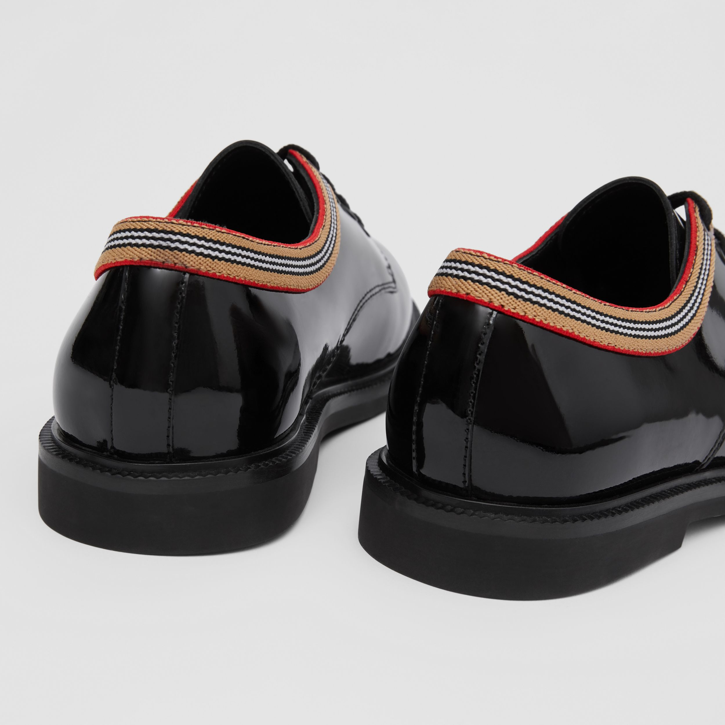 Icon Stripe Trim Patent Leather Shoes in Black - Children | Burberry - 2