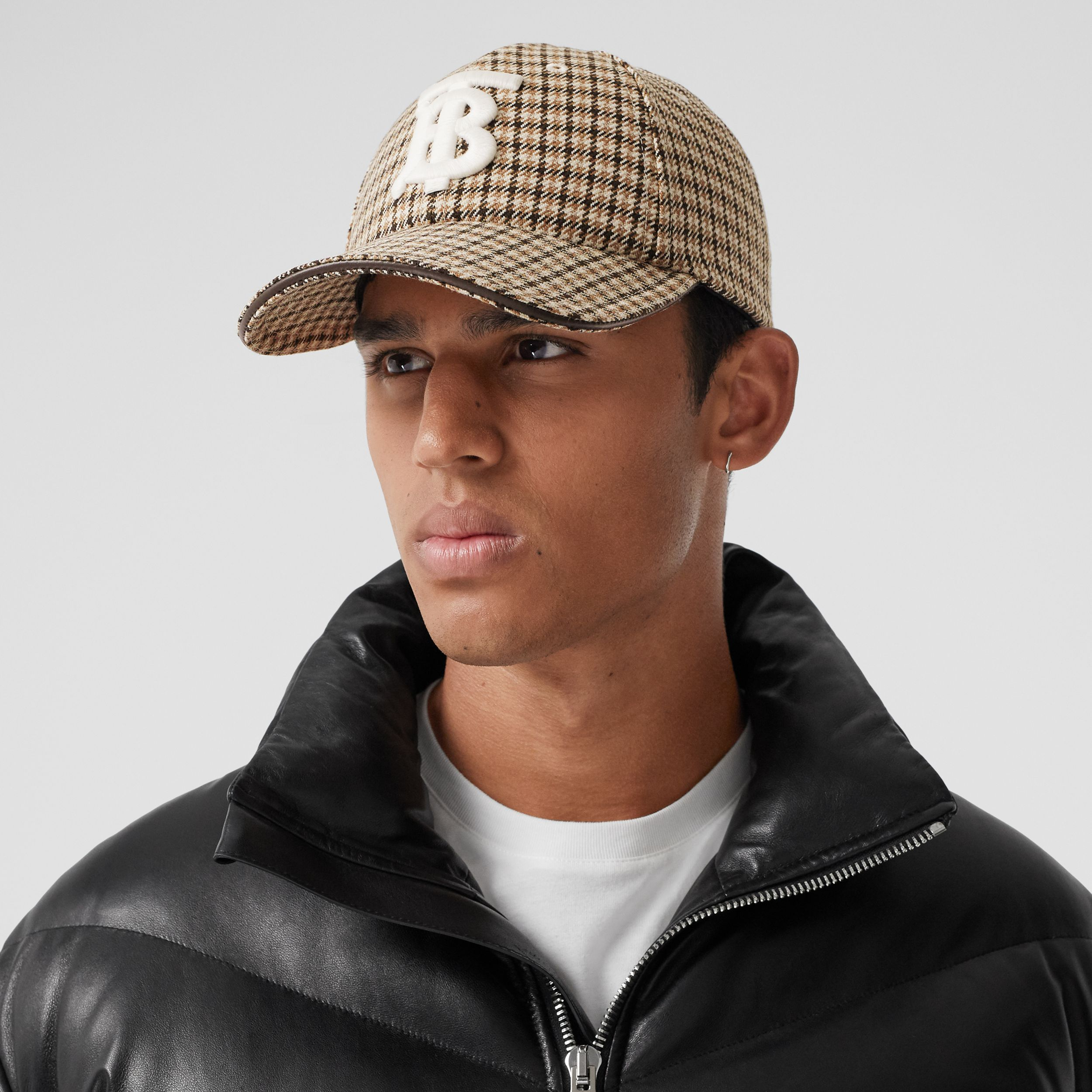 Monogram Motif Houndstooth Check Baseball Cap in Fawn | Burberry - 4