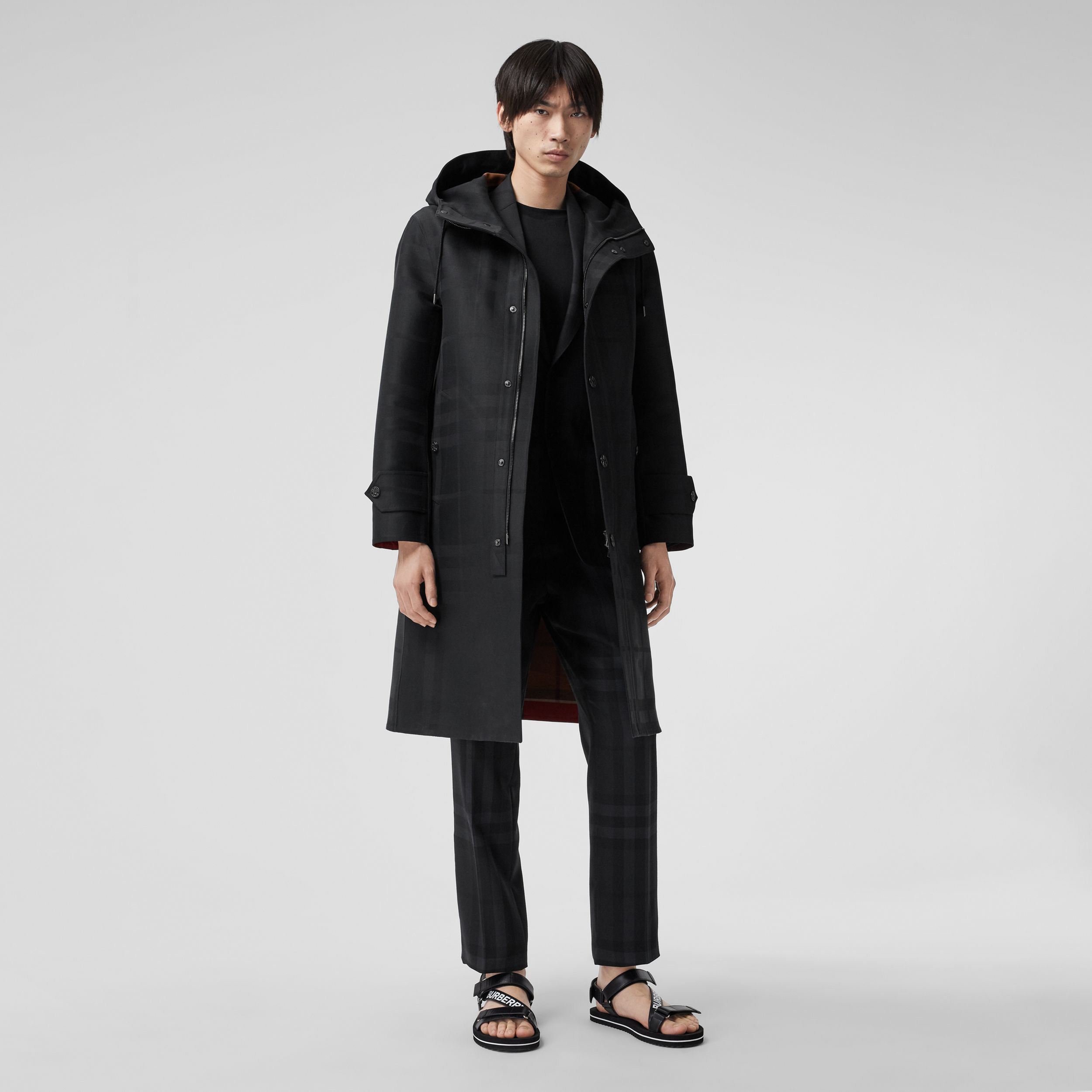 Globe Graphic Detail Check Technical Cotton Coat in Black - Men | Burberry Canada - 1
