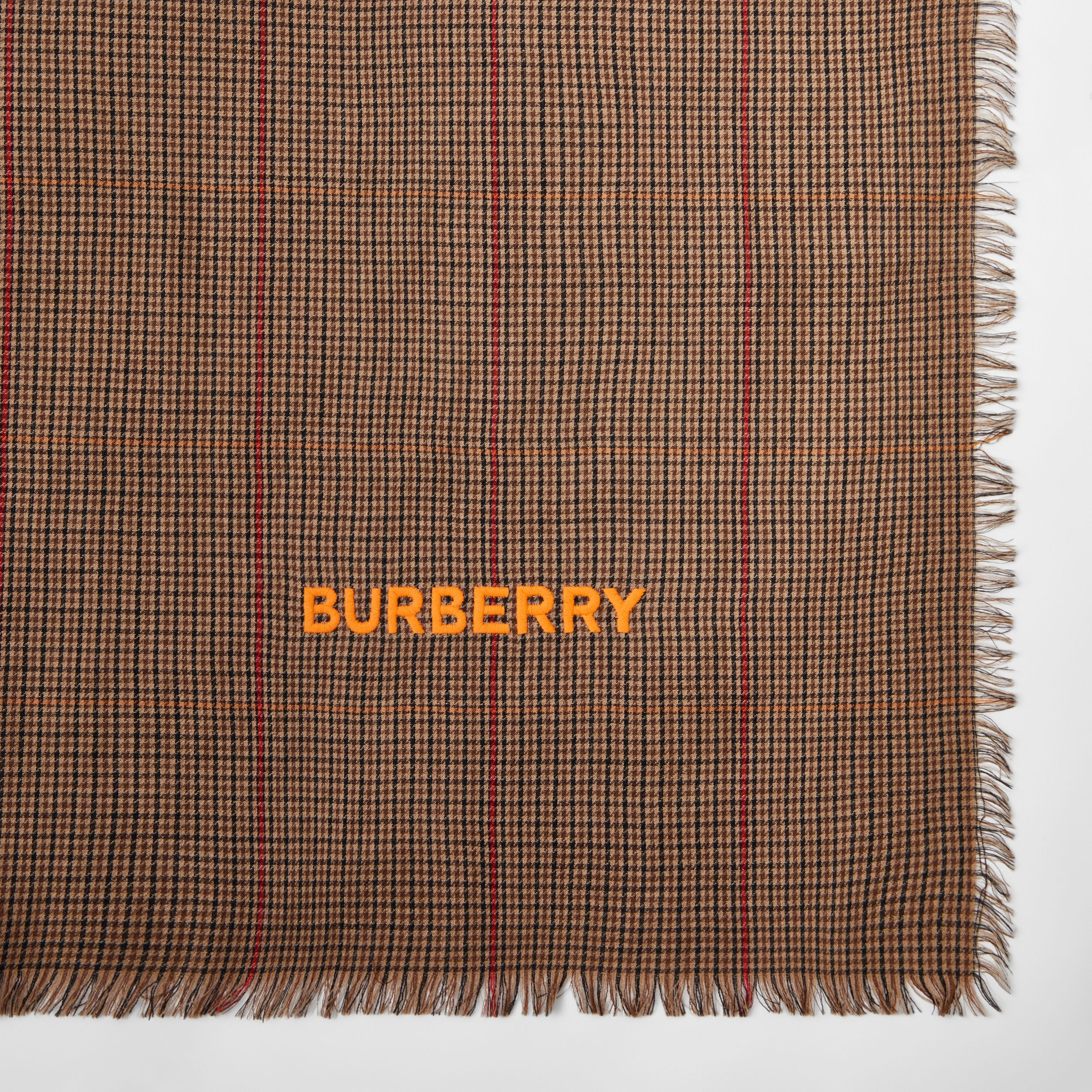 Horseferry Print Houndstooth Cashmere Scarf in Dark Mocha | Burberry - 2