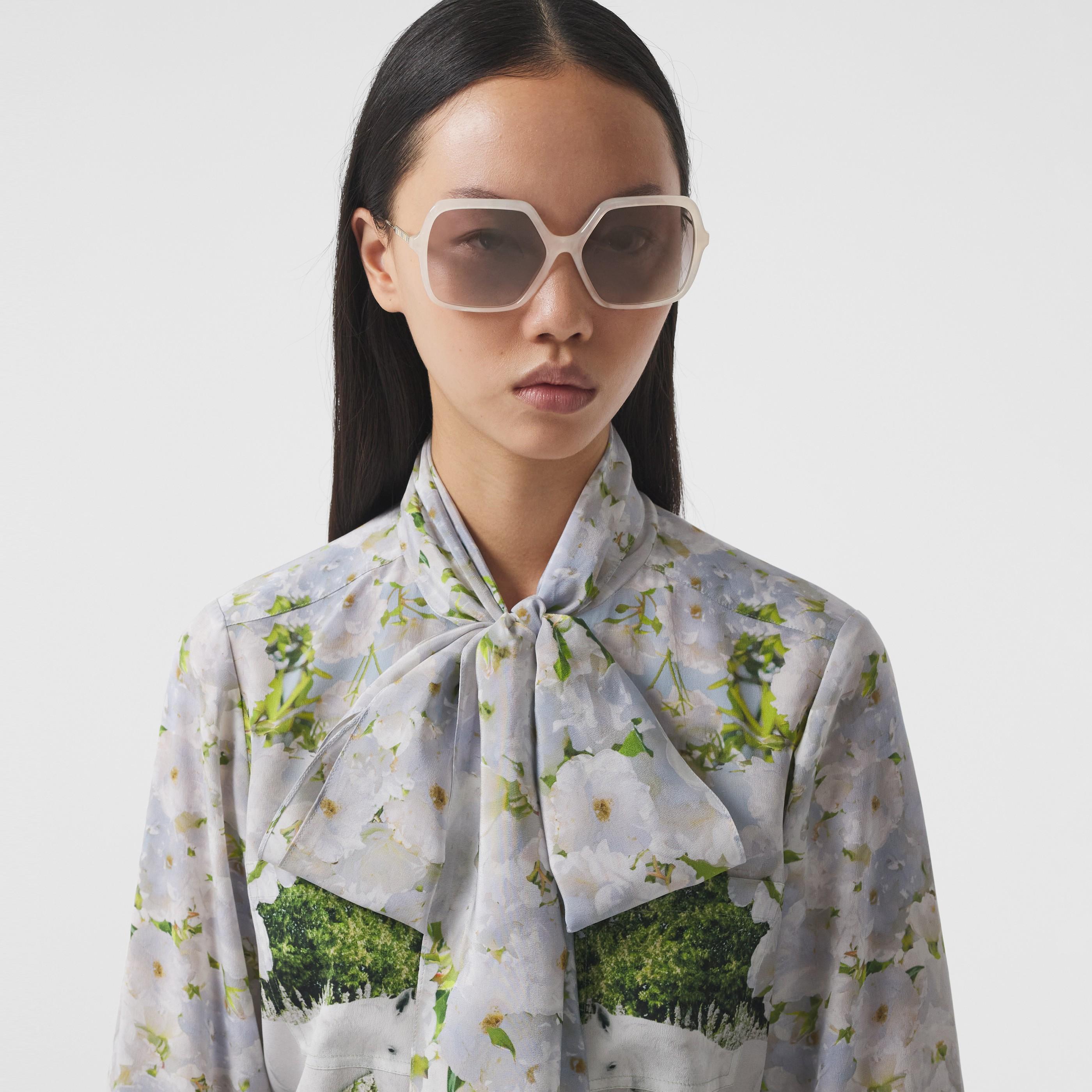 Occhiali da sole oversize con montatura squadrata (Perla) - Donna | Burberry - 3
