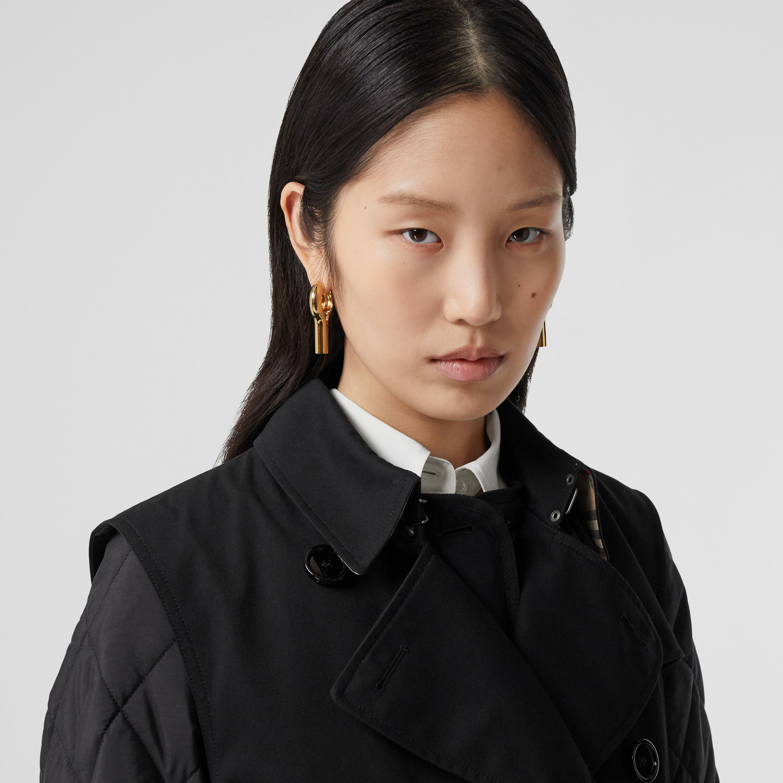 Sleeveless Trench Coat with Detachable Warmer in Black - Women | Burberry - 2