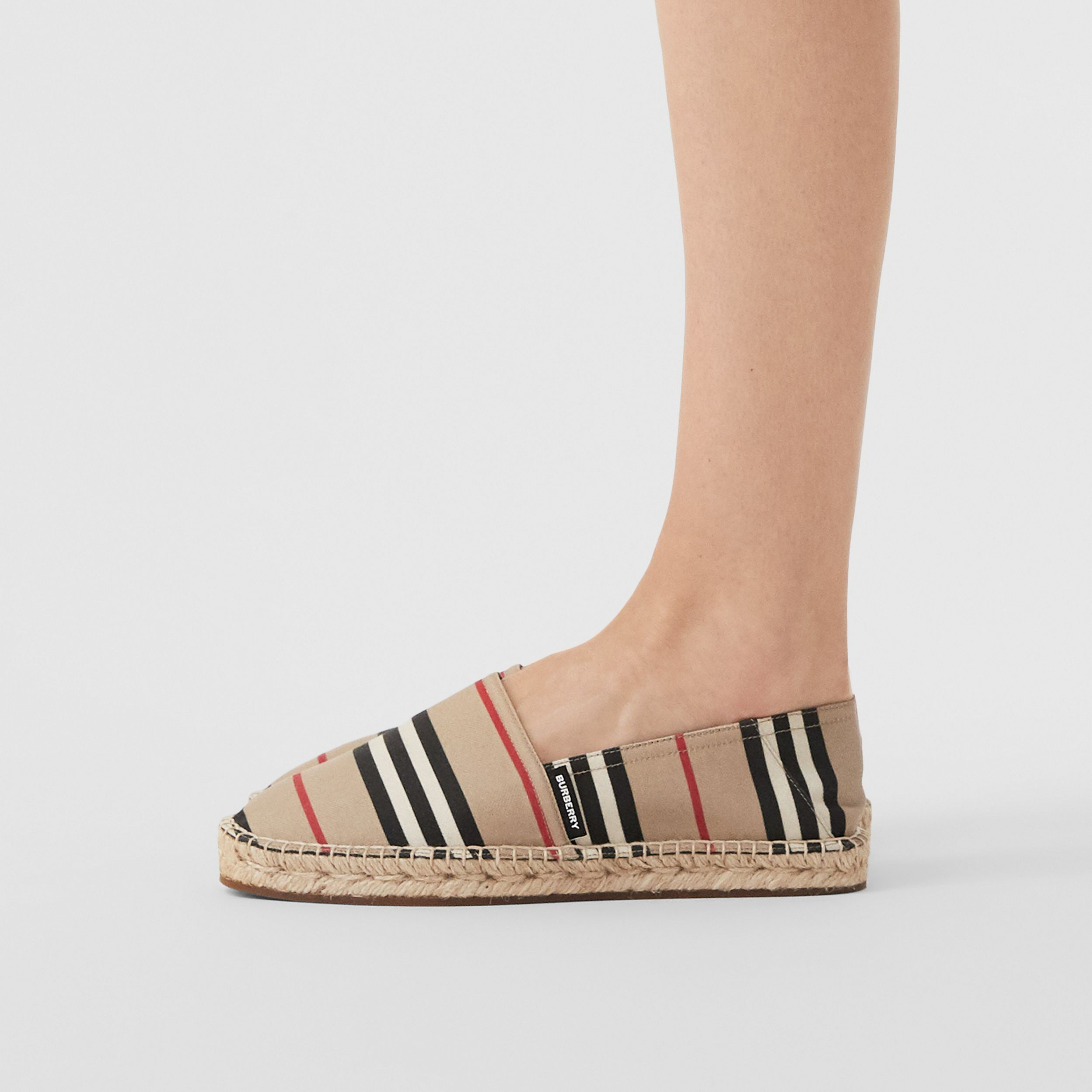 Espadrillas con iconico motivo a righe (Beige Archivio) - Donna | Burberry - 3