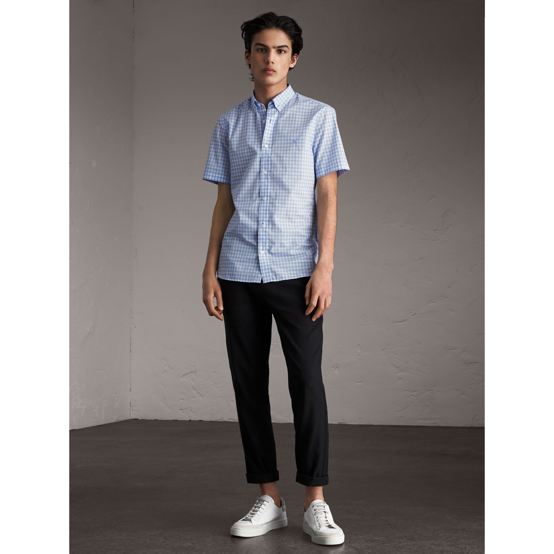 Short-sleeve Button-down Collar Cotton Gingham Shirt in Pale Blue - Men | Burberry - gallery image 4