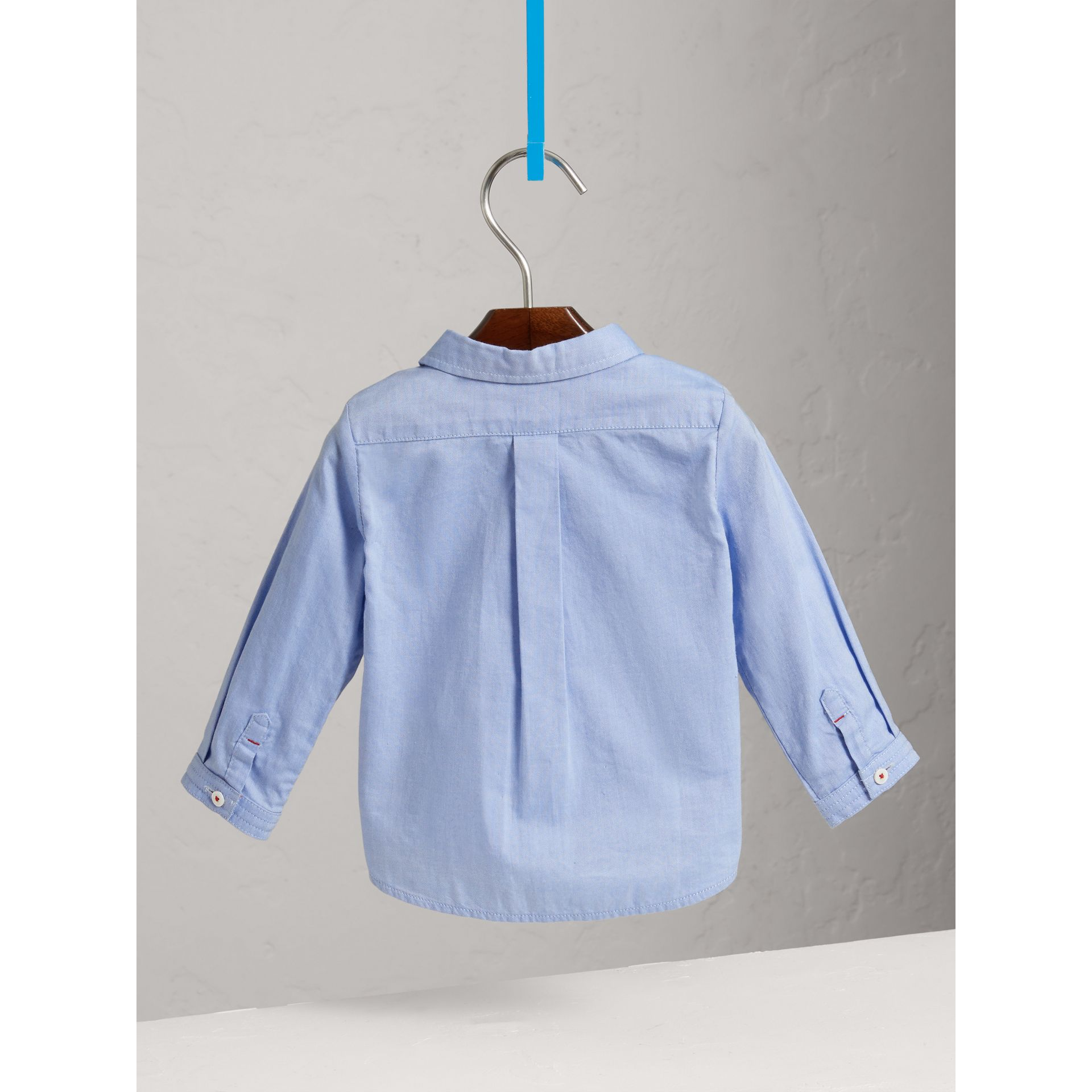 Chemise Oxford en coton (Bleu Barbeau) | Burberry - photo de la galerie 3