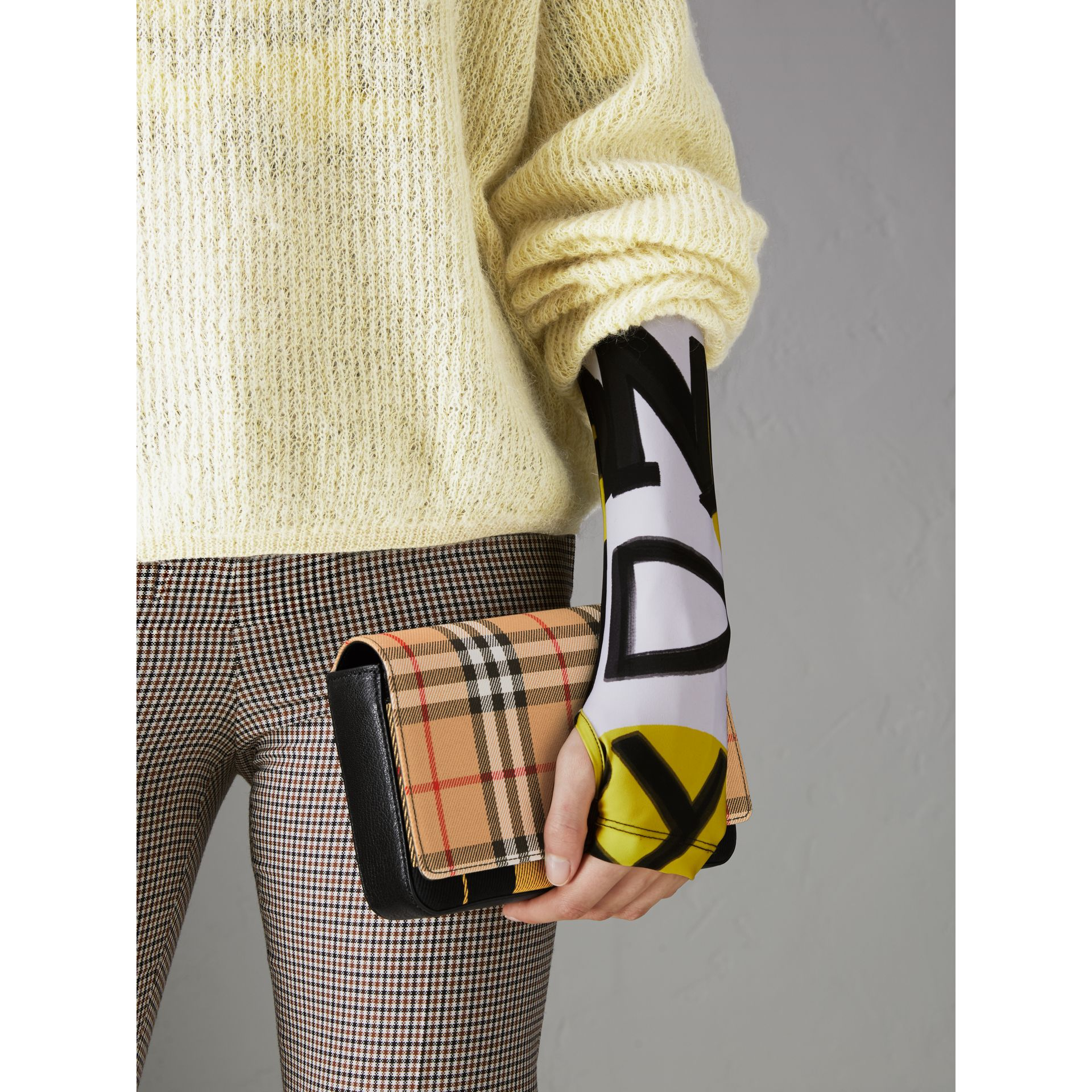 Vintage Check and Leather Wallet with Detachable Strap in Antique Yellow/black - Women | Burberry Australia - gallery image 3