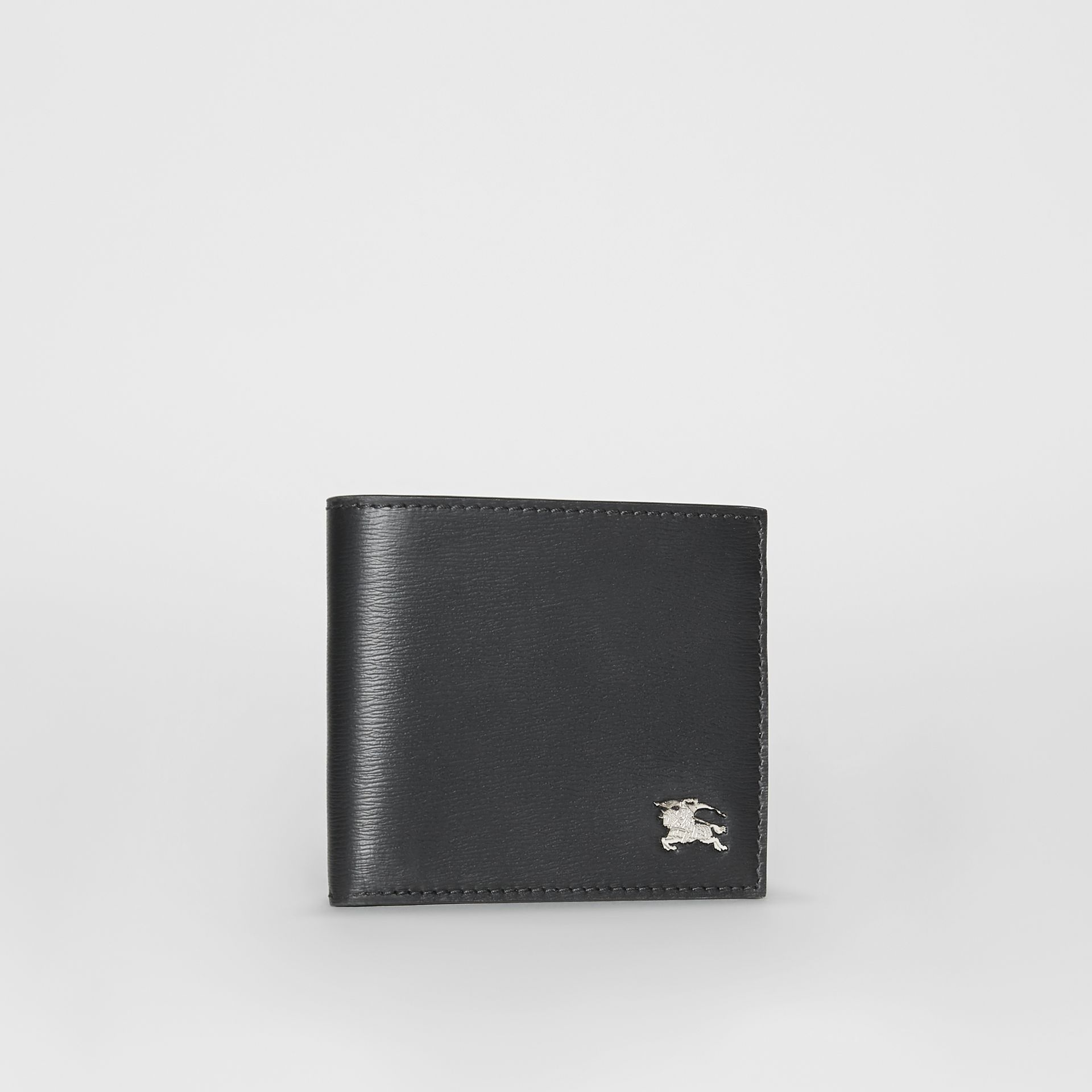 London Leather International Bifold Wallet in Black - Men | Burberry Hong Kong - gallery image 4