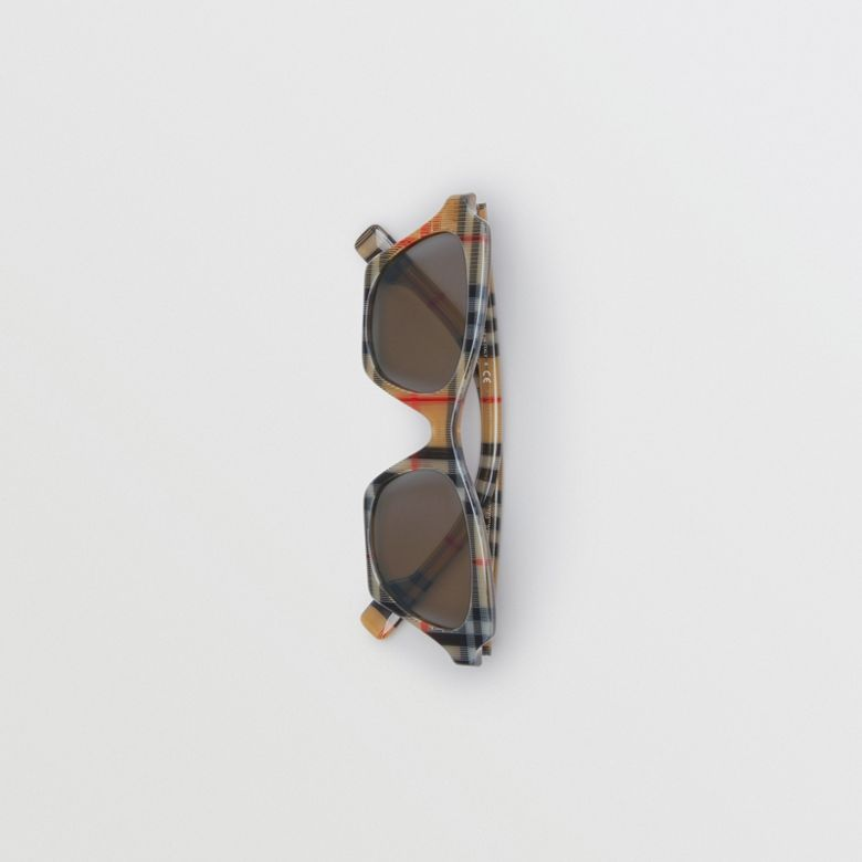 Burberry - Lunettes de soleil papillon à motif Vintage check - 4