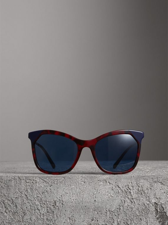 Marble-effect Square Frame Sunglasses in Red - Women | Burberry Australia - cell image 3
