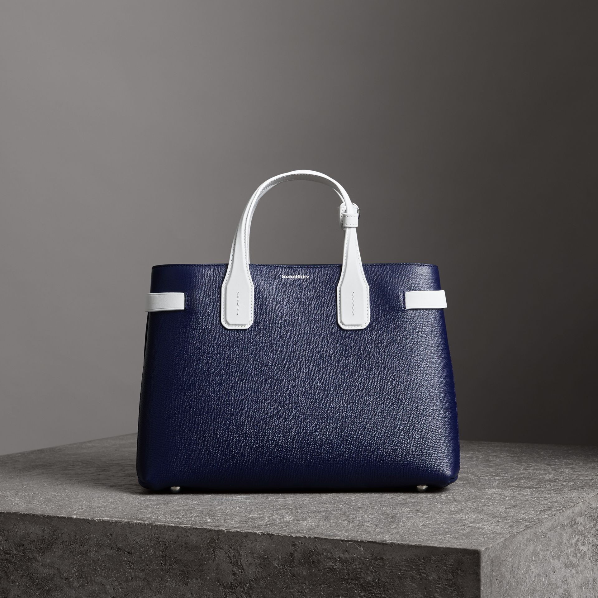 The Medium Banner in Two-tone Leather in Regency Blue/chalk White - Women | Burberry Australia - gallery image 6