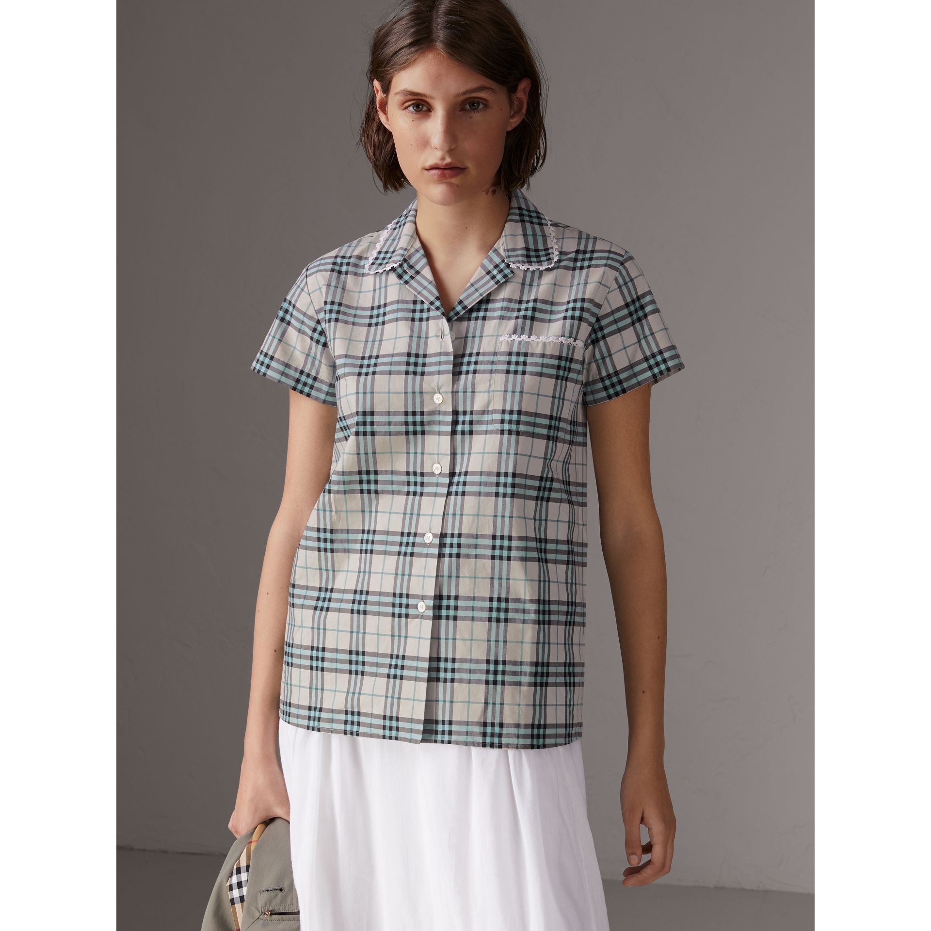 Short-sleeve Lace Trim Check Cotton Shirt in Pale Stone - Women | Burberry - gallery image 4