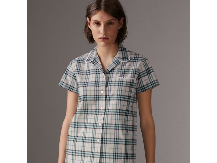 Short-sleeve Lace Trim Check Cotton Shirt in Pale Stone - Women | Burberry United Kingdom - cell image 4