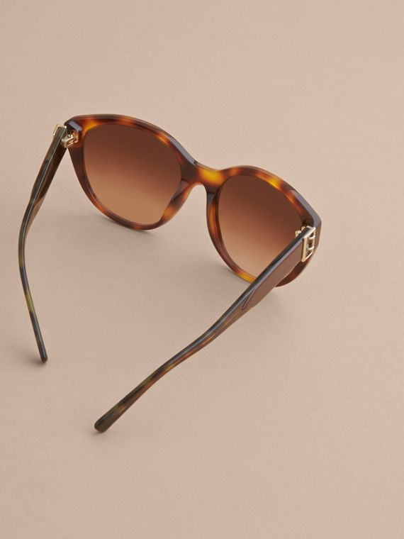 Buckle Detail Round Frame Sunglasses in Tortoise Green - Women | Burberry - cell image 3