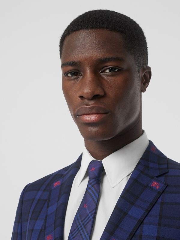 Slim Cut Equestrian Knight Check Silk Tie in Dark Indigo Blue - Men | Burberry Hong Kong - cell image 2