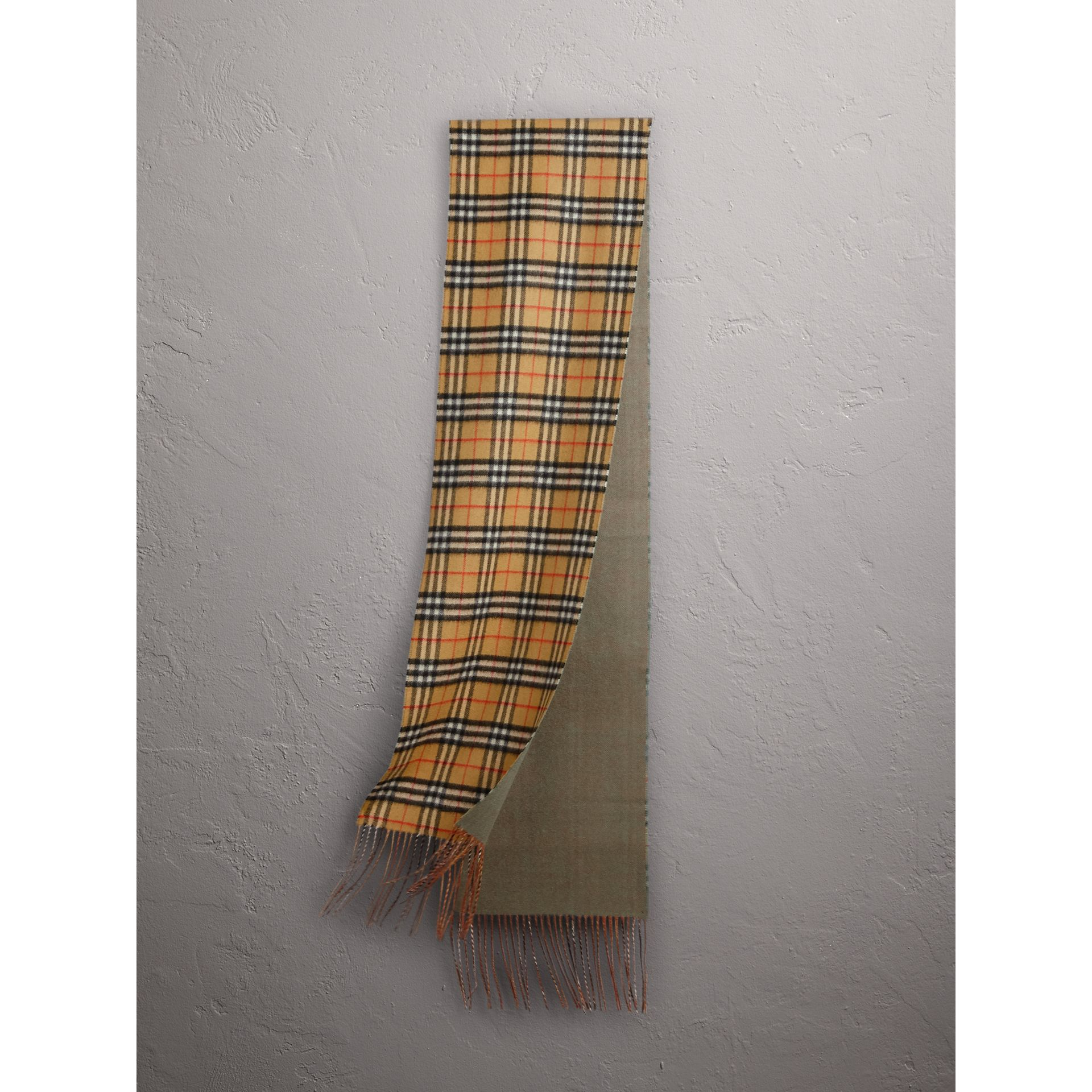 Long Reversible Vintage Check Double-faced Cashmere Scarf in Chalk Green | Burberry - gallery image 1