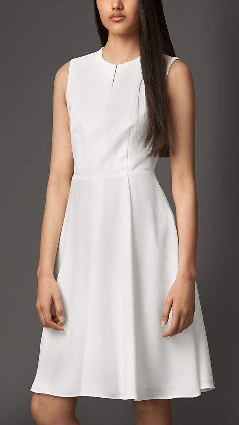 White Split Neckline Satin-Back Crepe Dress - Image 1