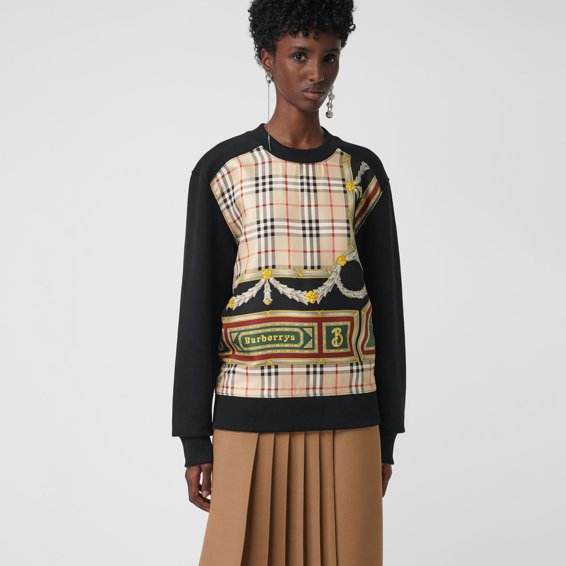Archive Scarf Print Panel Sweatshirt in Black - Women | Burberry Australia - gallery image 2