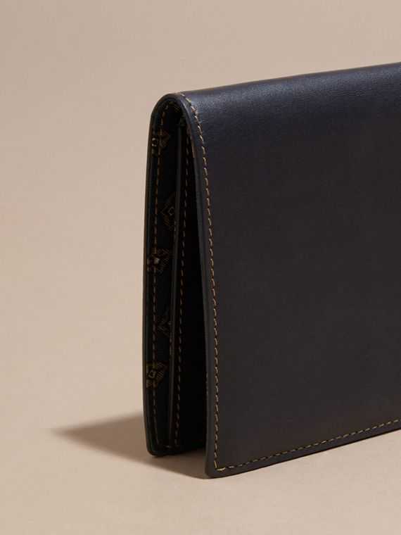 Dark navy Smooth Leather Folding Wallet Dark Navy - cell image 3
