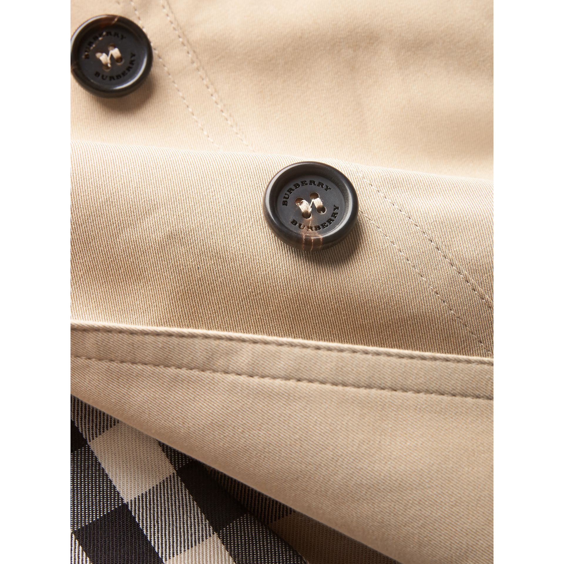 Trench The Sandringham (Miel) | Burberry Canada - photo de la galerie 1