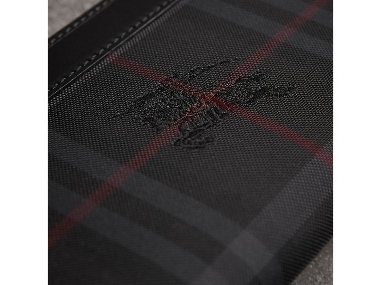 Cartera con cremallera perimetral de checks Horseferry (Gris Marengo/negro) - Hombre | Burberry - cell image 1