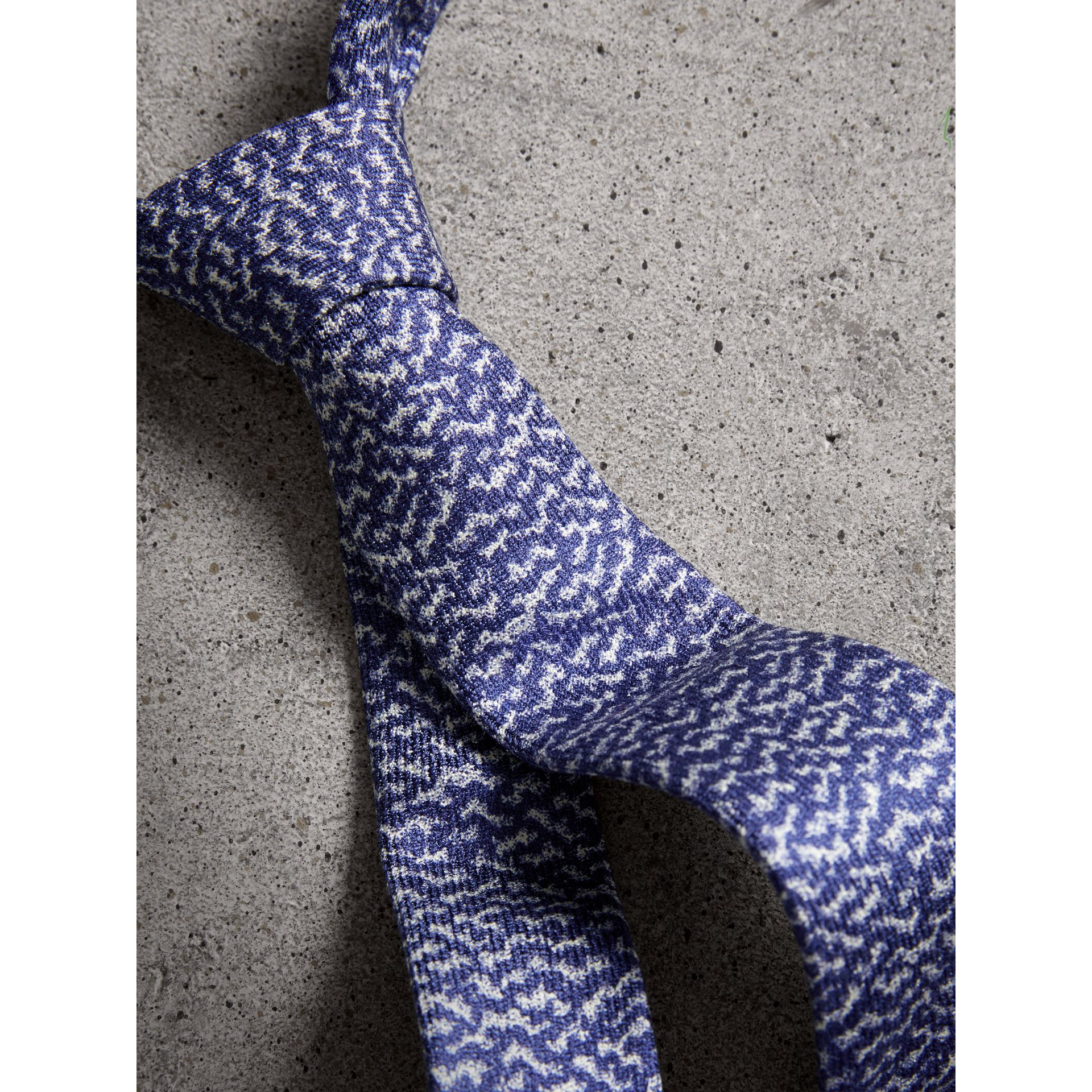 Slim Cut Ripple Print Silk Tie in Cobalt Blue - Men | Burberry United Kingdom - gallery image 1