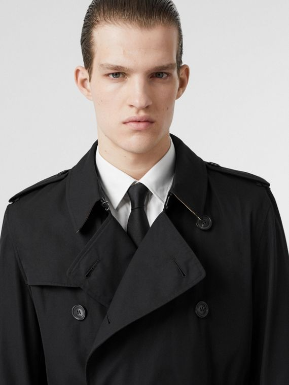 The Kensington Heritage Trench Coat in Black