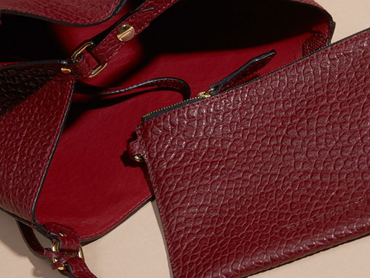 Deep red The Small Canter in Embossed Check Leather Deep Red - cell image 4
