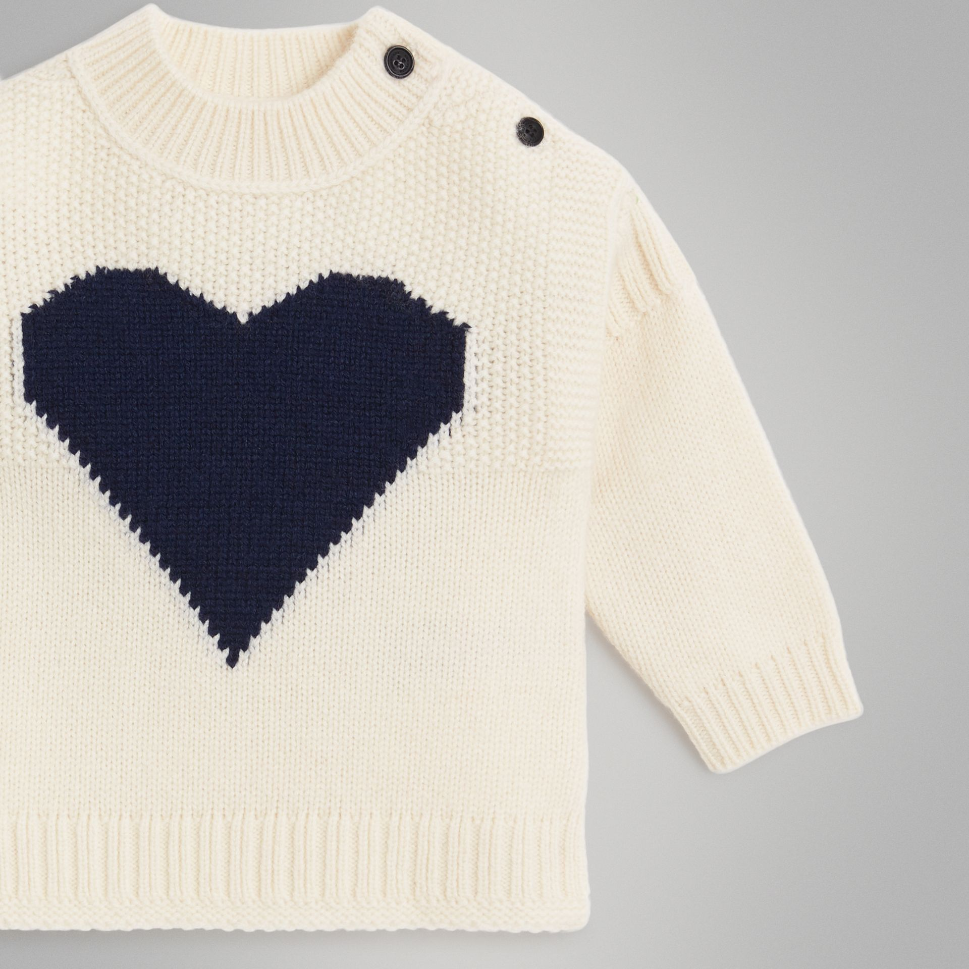 Heart Intarsia Wool Cashmere Sweater in Ivory - Children | Burberry - gallery image 4