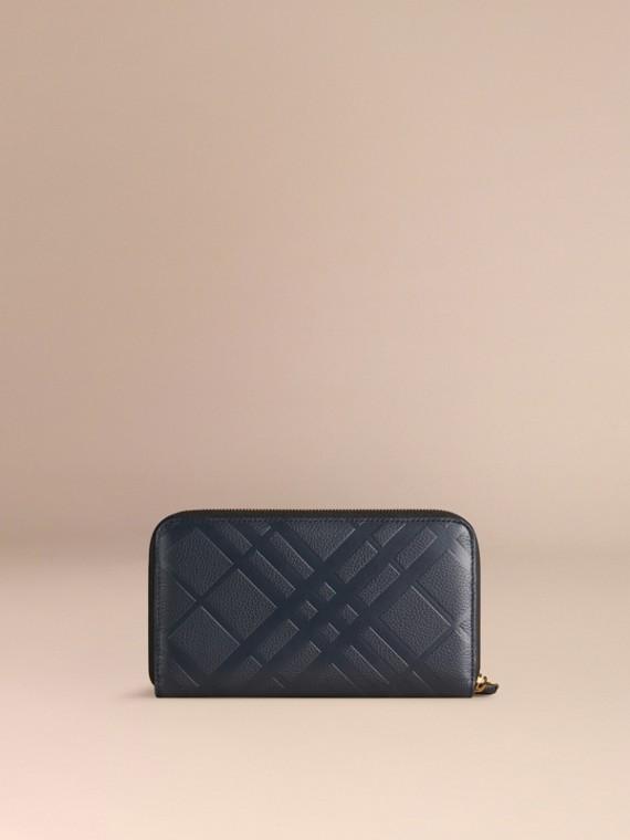 Dunkles zinnblau Check-geprägte Lederbrieftasche mit umlaufendem Reißverschluss Dunkles Zinnblau - cell image 2