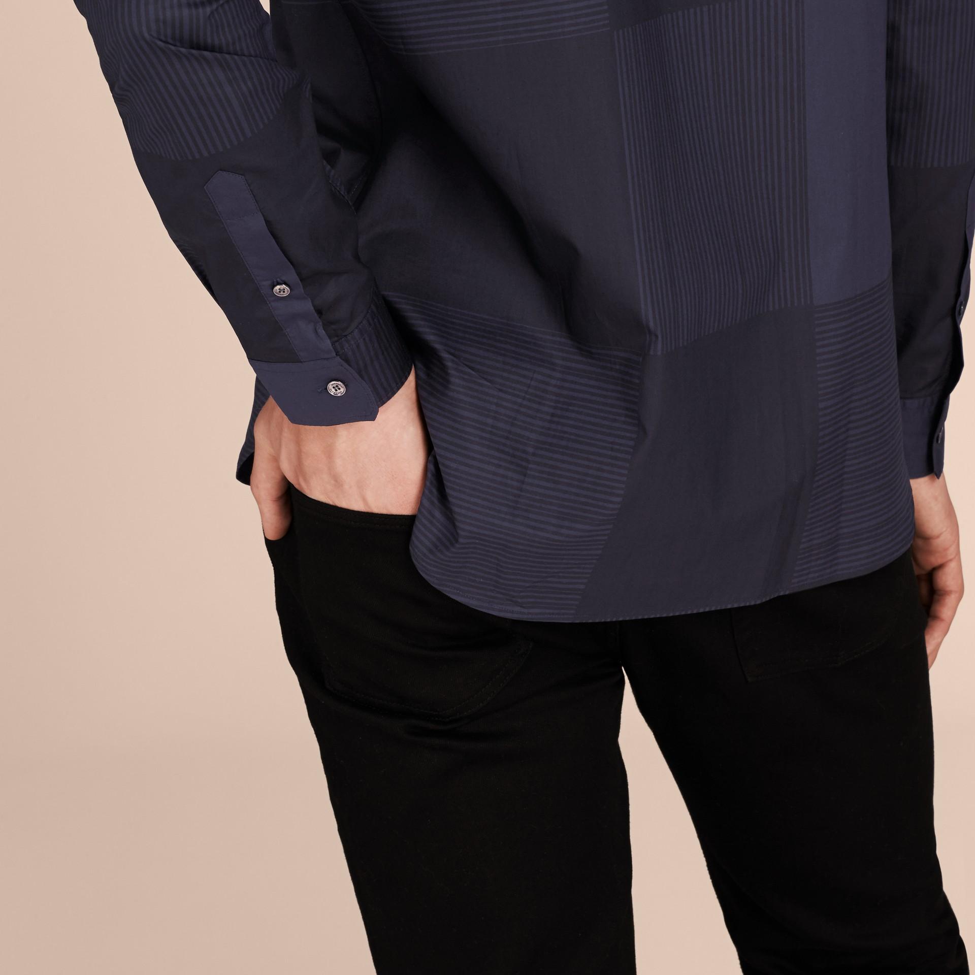 Azul marinho Camisa de algodão com estampa xadrez Azul Marinho - galeria de imagens 5