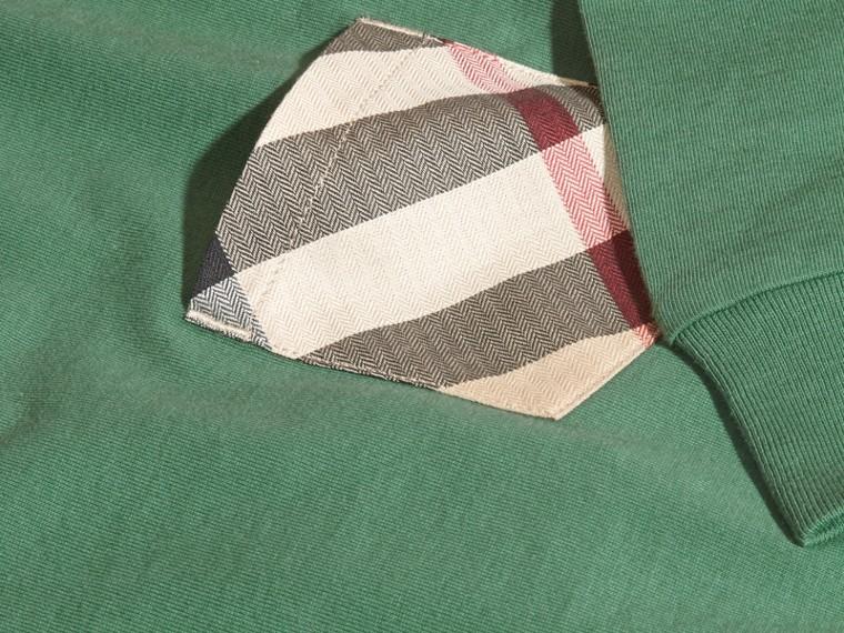 Vert forêt Haut en jersey de coton avec poche à motif check Vert Forêt - cell image 1