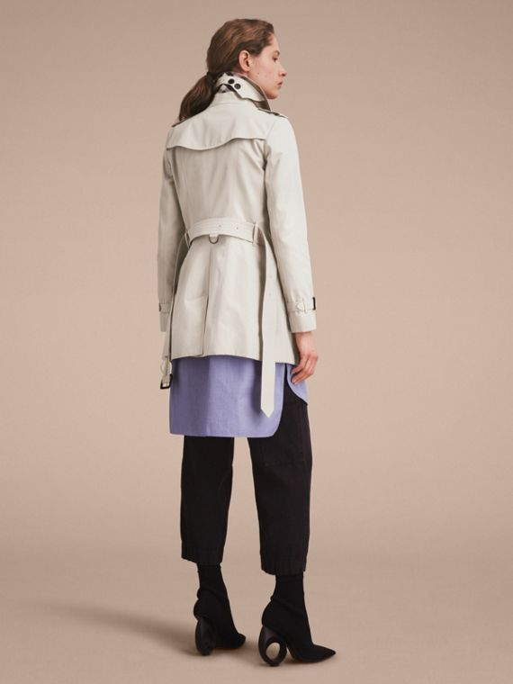 Stone The Chelsea – Short Heritage Trench Coat Stone - cell image 3
