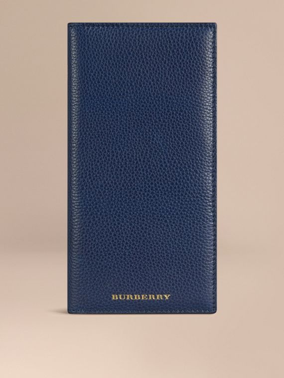 Grainy Leather Travel Card Case in Bright Navy