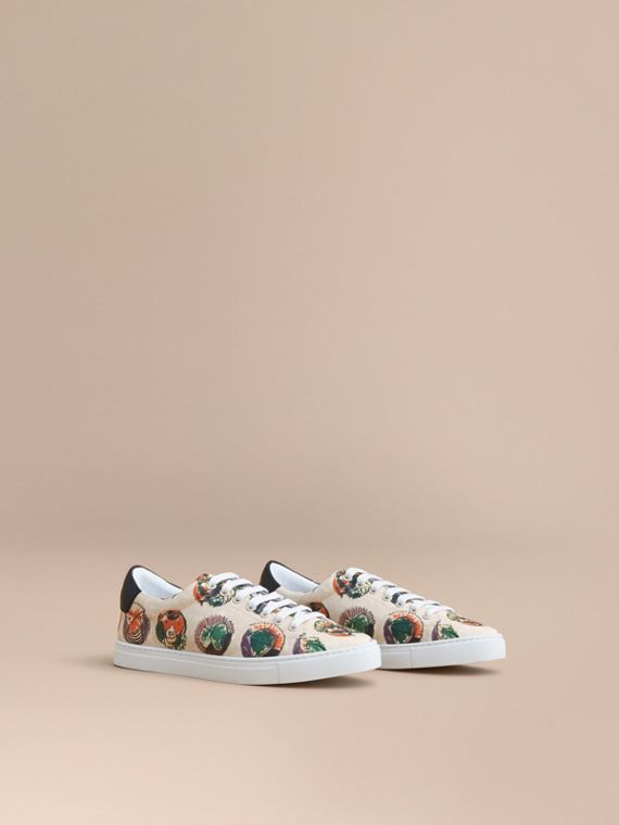 Pallas Heads Print Cotton Leather Trainers