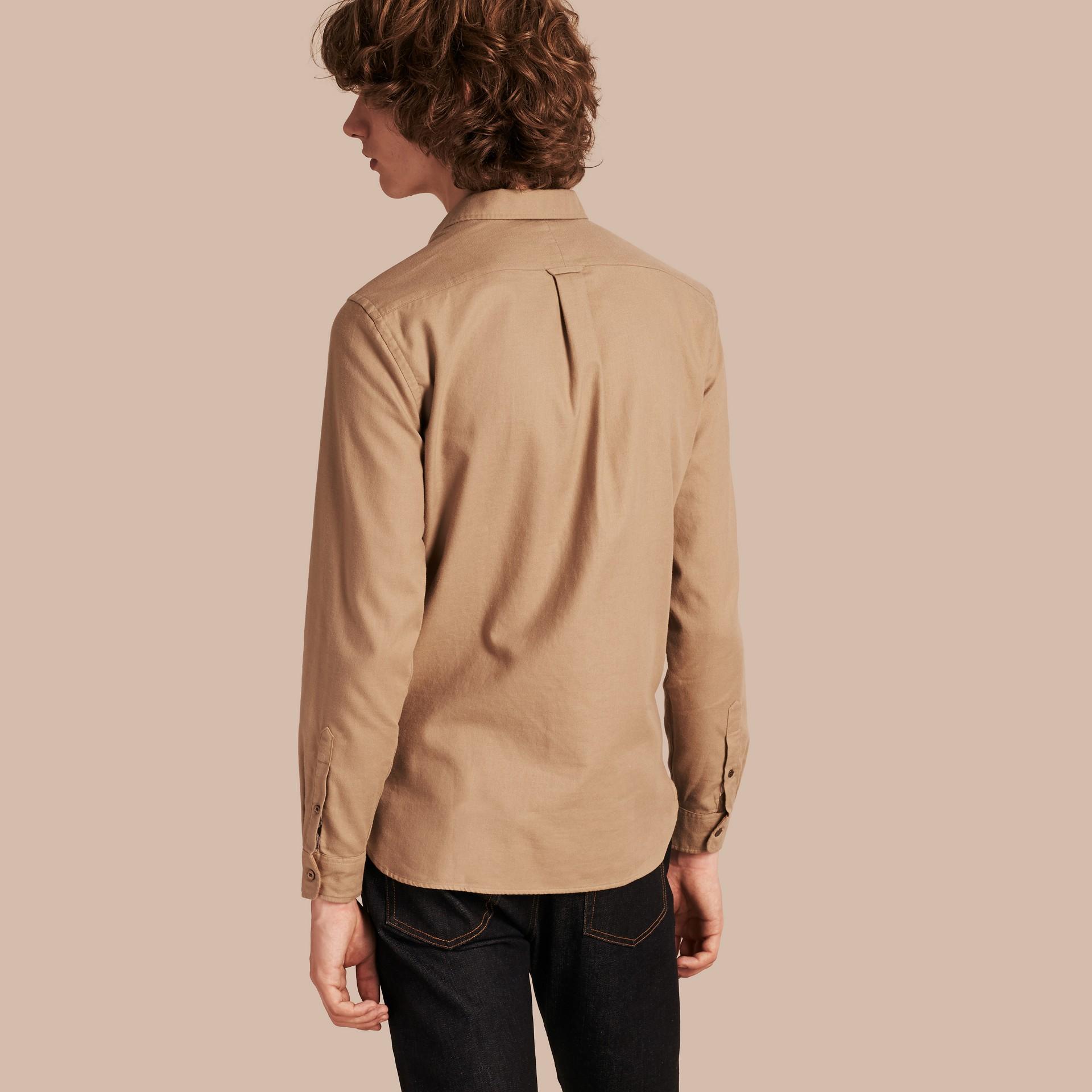 Miele scuro Camicia in flanella di cotone con dettagli tartan - immagine della galleria 2