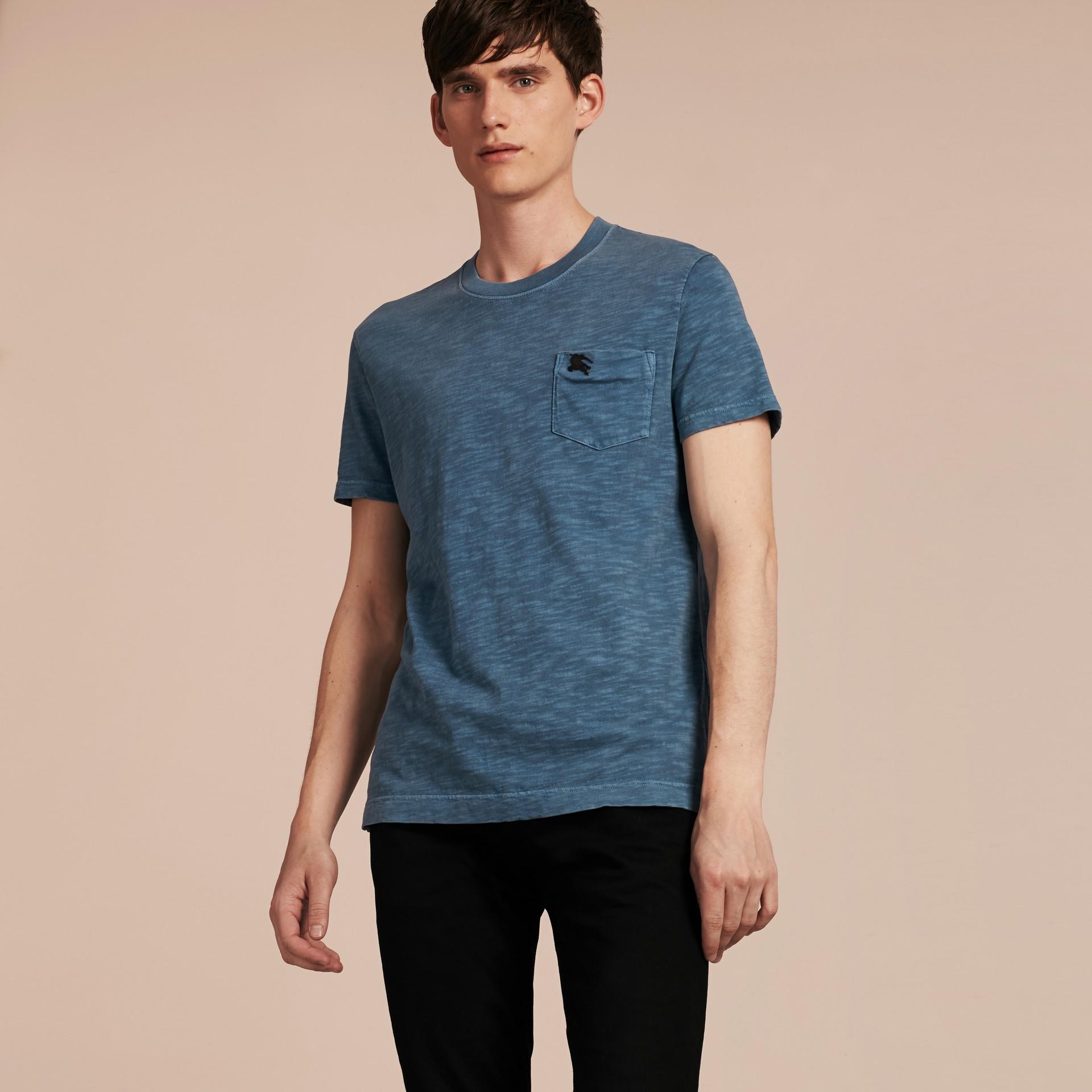 Bleu lupin T-shirt en jersey flammé double teinture Bleu Lupin - photo de la galerie 6