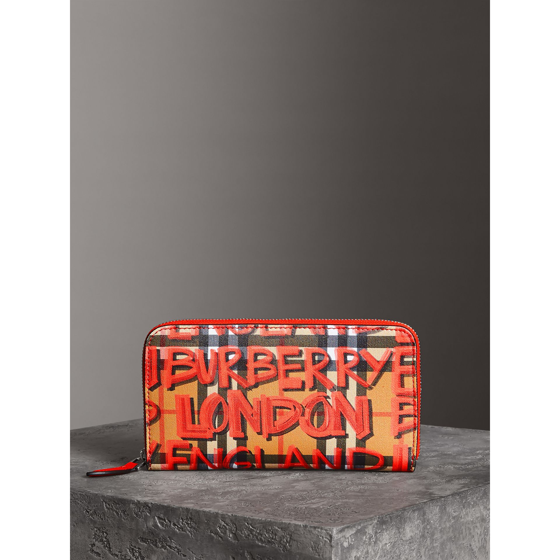 Graffiti Print Vintage Check Leather Ziparound Wallet in Red - Women | Burberry United Kingdom - gallery image 4