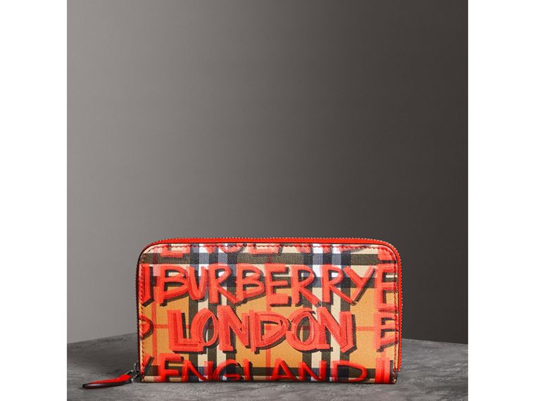 Graffiti Print Vintage Check Leather Ziparound Wallet in Red - Women | Burberry - cell image 4